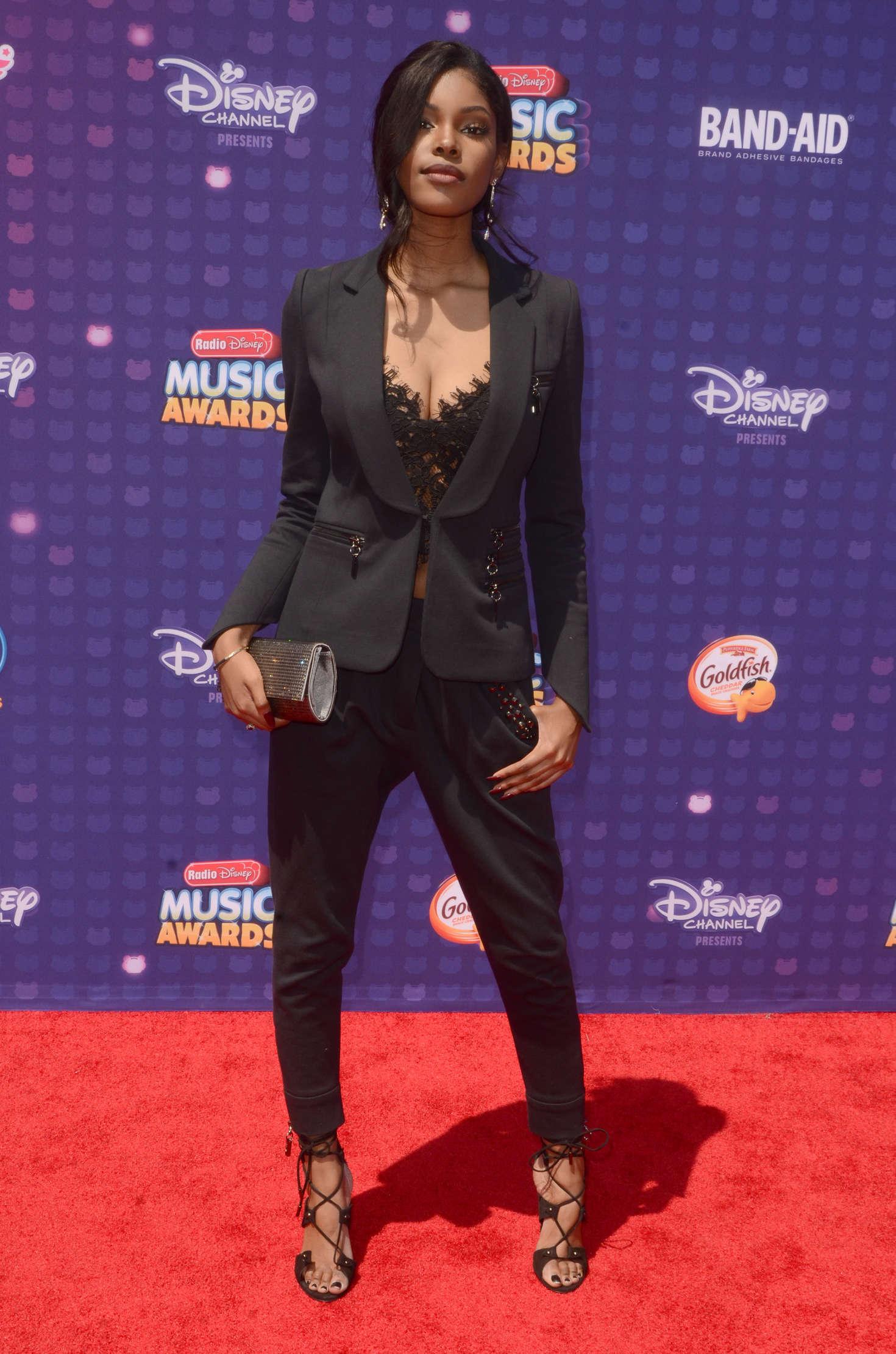 Diamond White Radio Disney Music Awards in Los Angeles