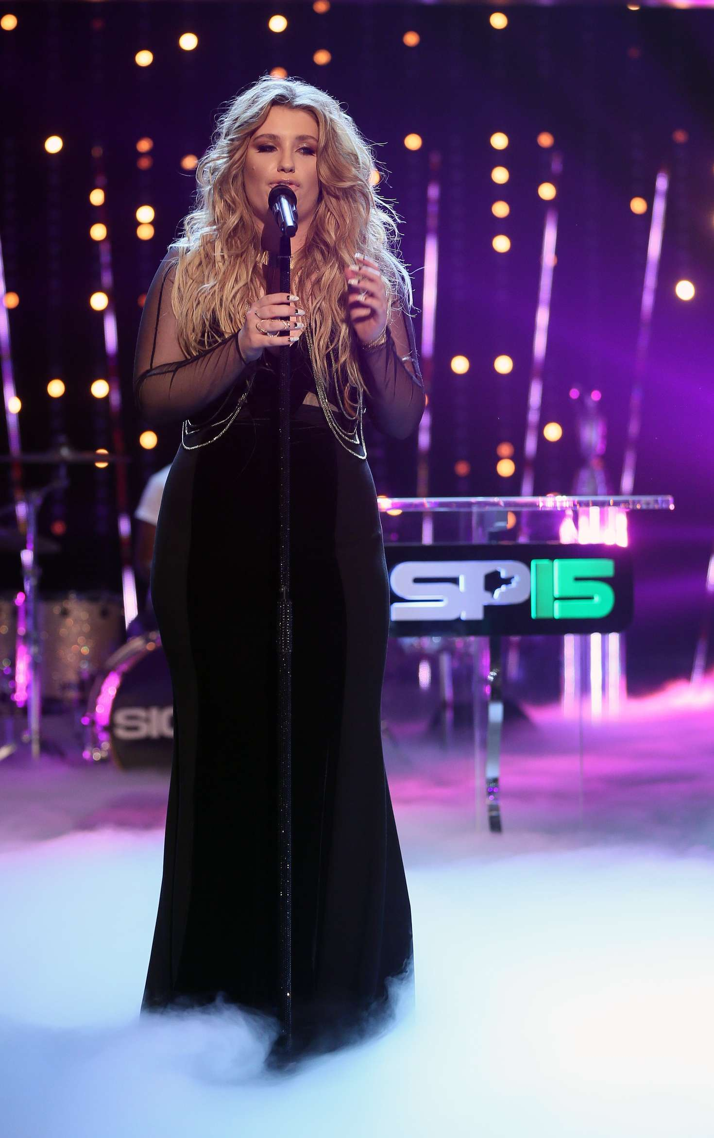 Ella Henderson BBC Sports Personality Of The Year Award in Belfast