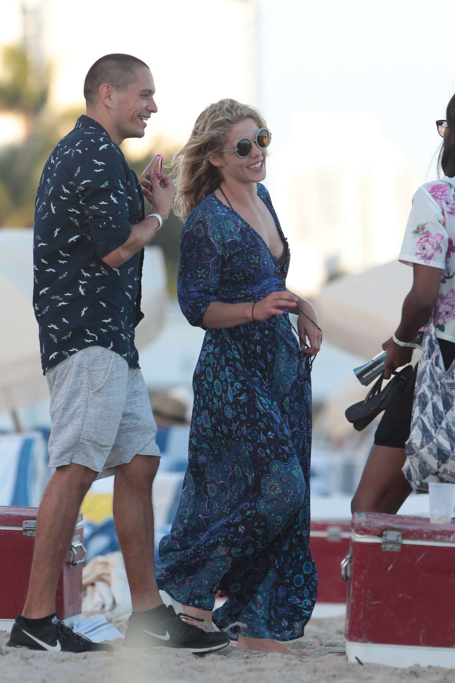 Emily Bett Rickards and Katie Cassidy Seen on Miami Beach