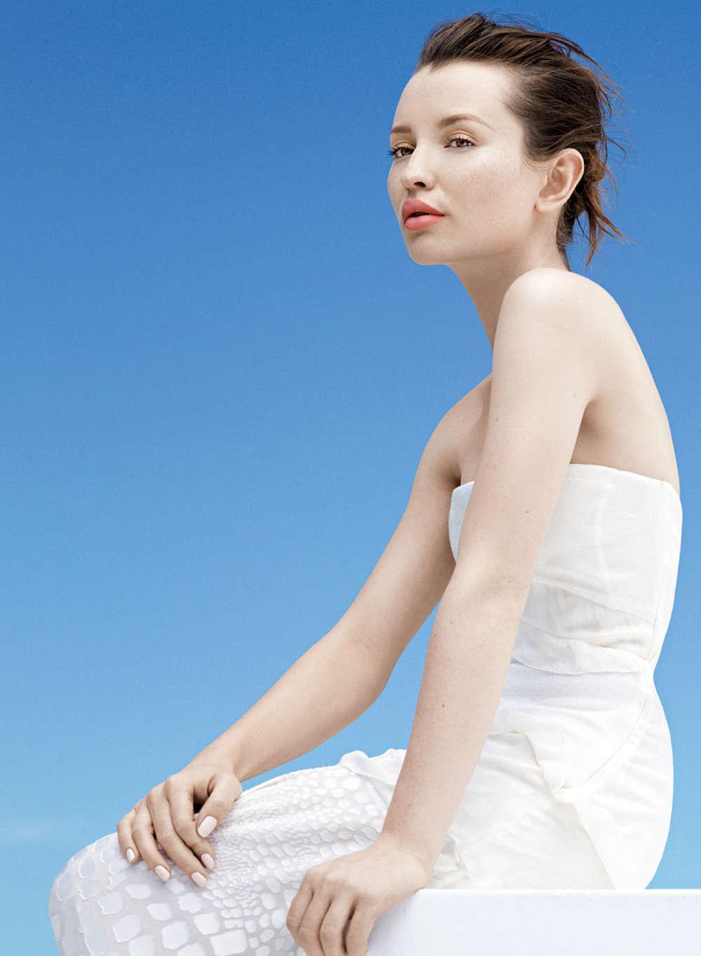 Emily Browning InStyle Australia Magazine