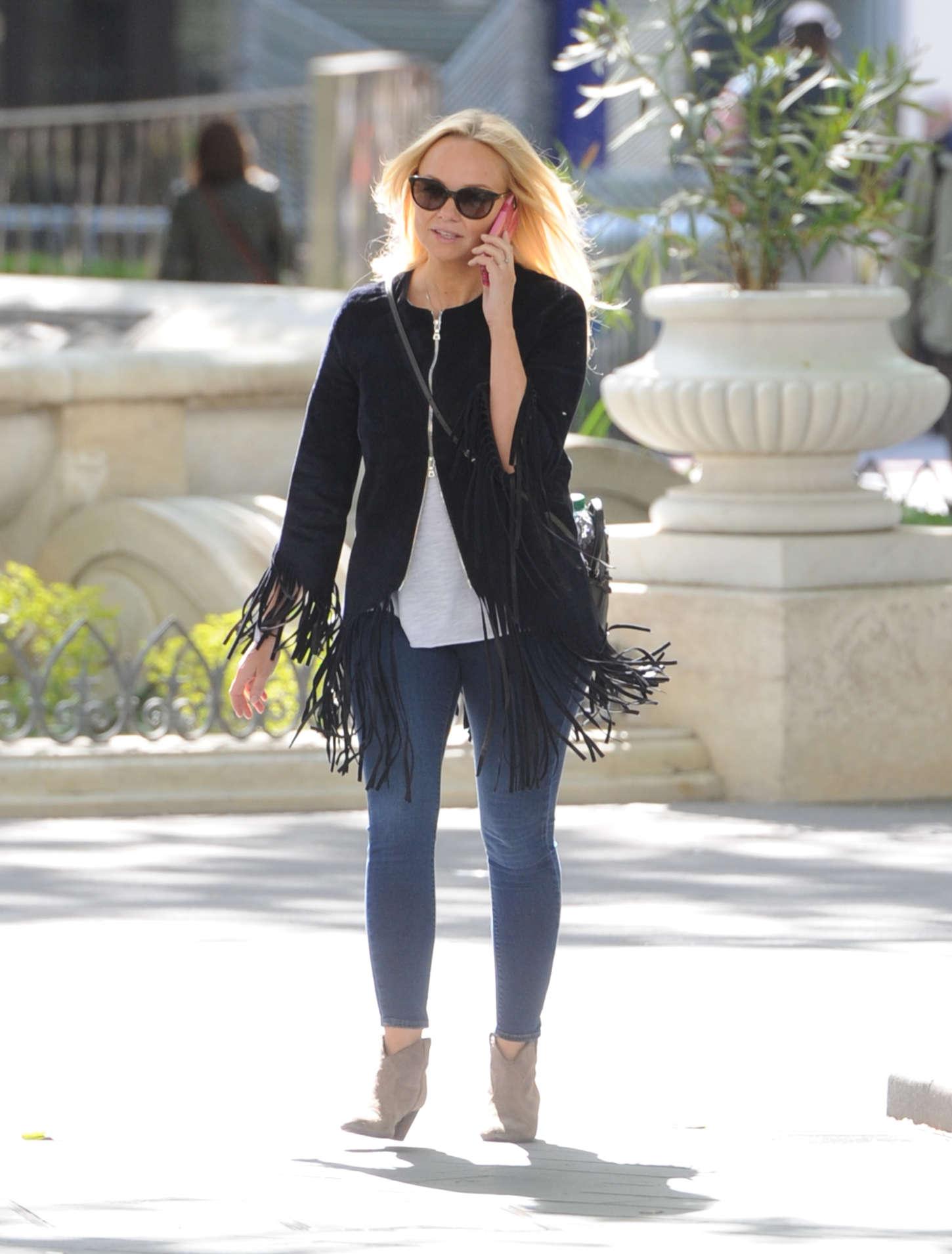 Emma Bunton in Jeans out in London-1