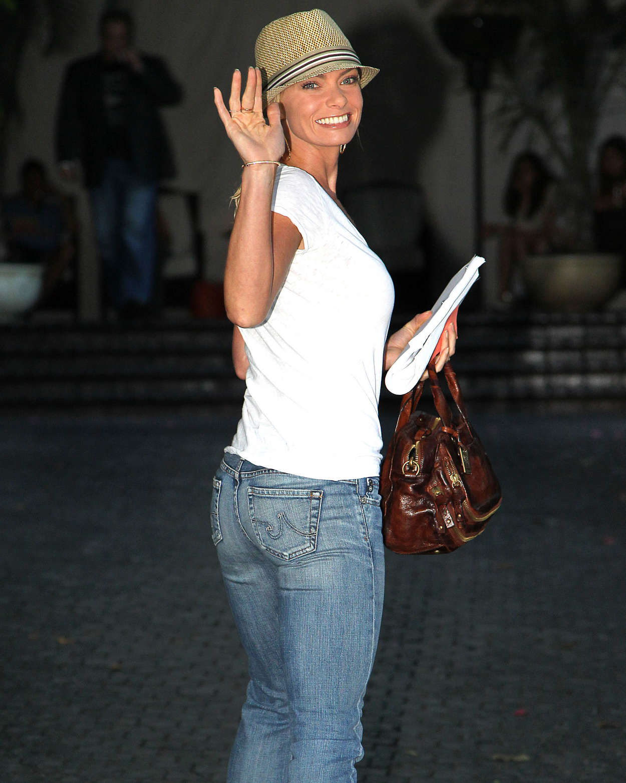 Jaime Pressly in jeans at the Chateau Marmont in West Hollywood