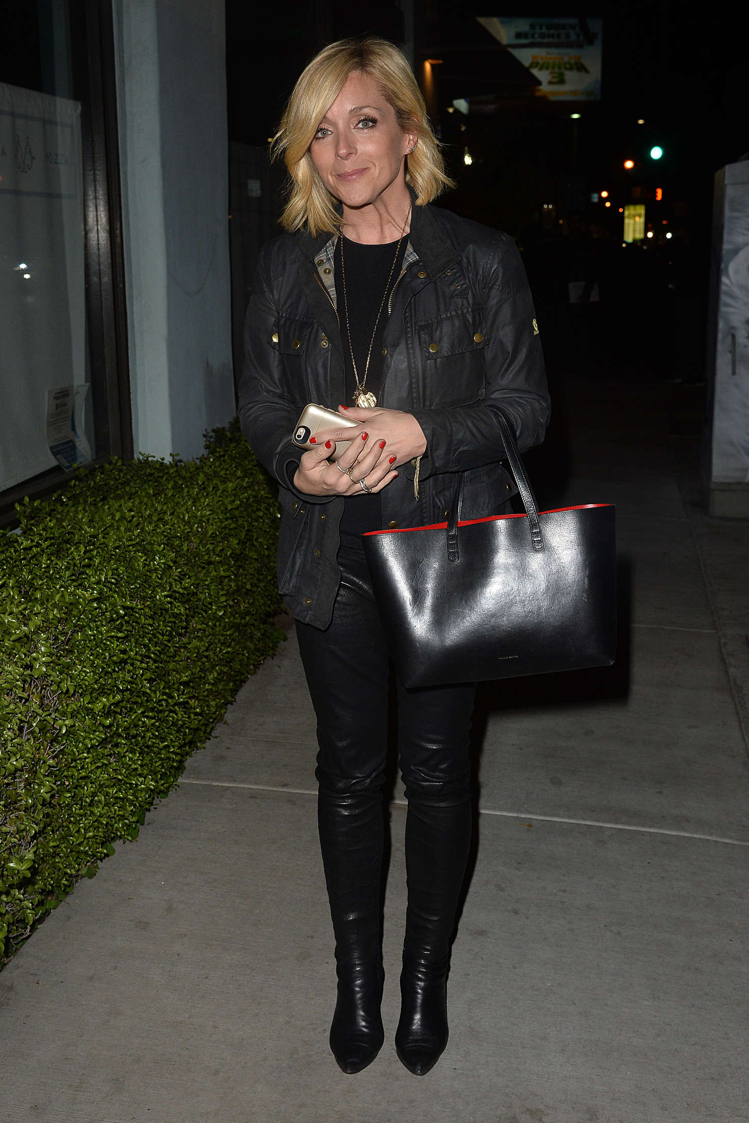Jane Krakowski Leaves an Los Angeles Film Critics Party in Hollywood