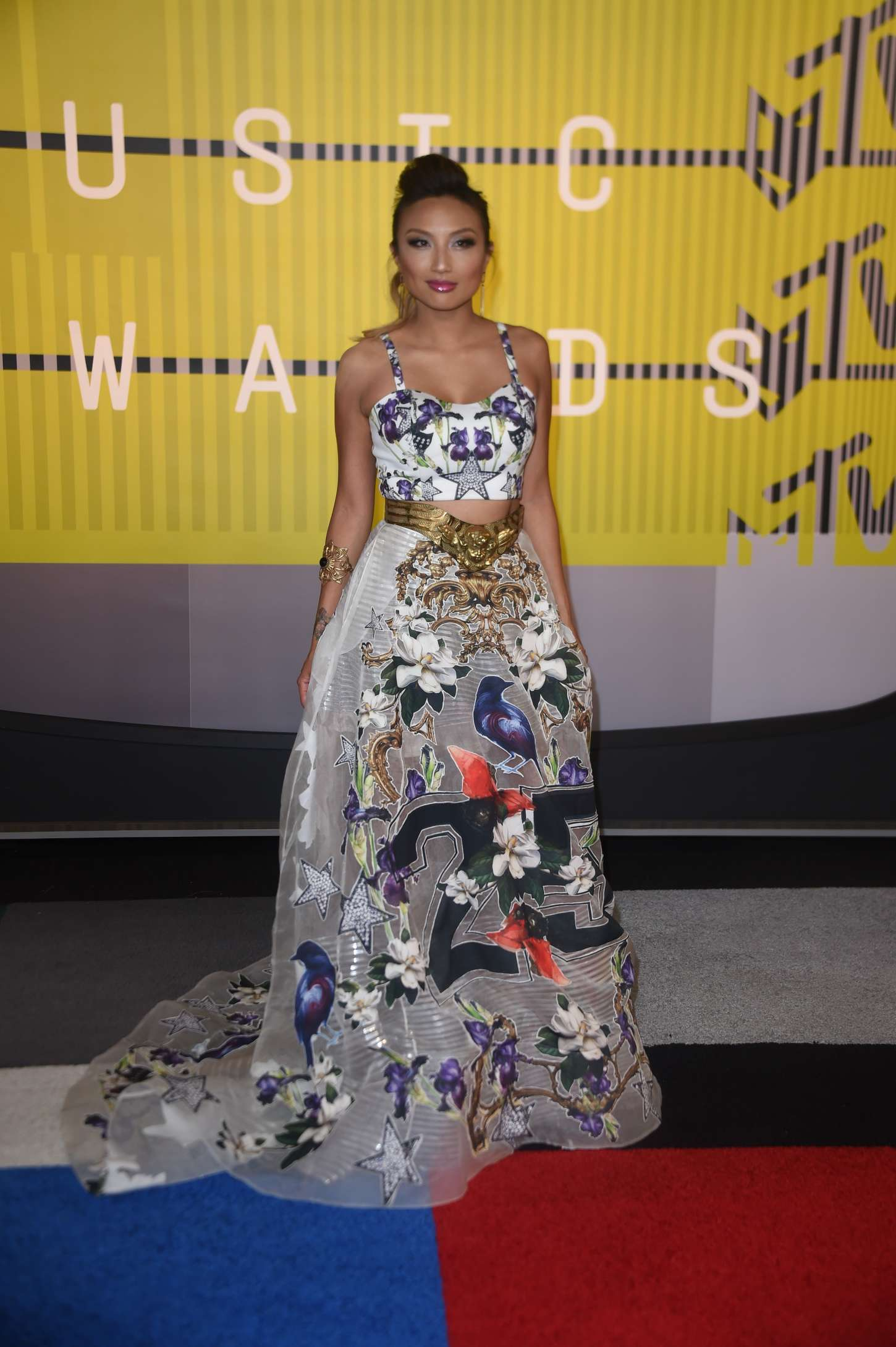 Jeannie Mai MTV Video Music Awards in Los Angeles