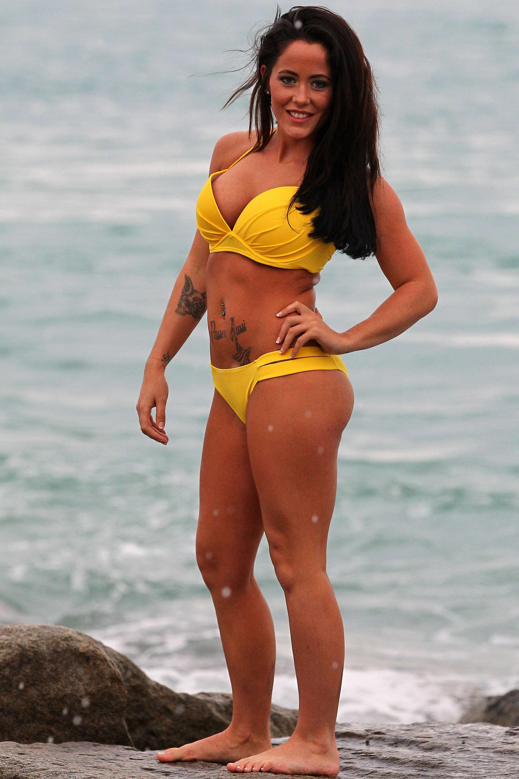 Jenelle Evans in Yellow Bikini Photoshoot in Miami