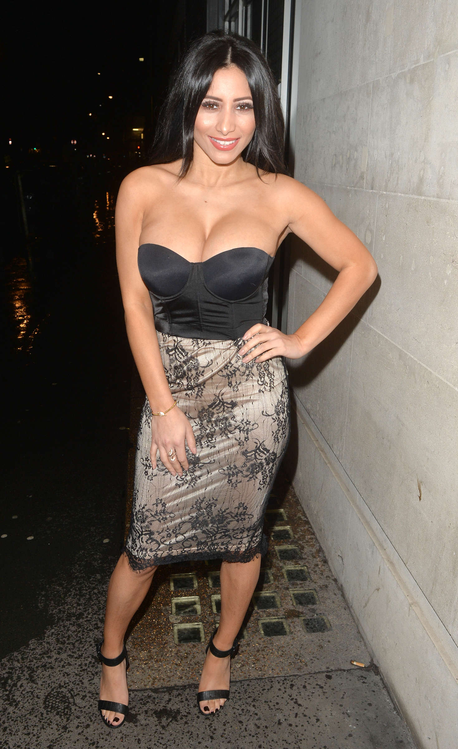 Kayleigh Morris Night out in London