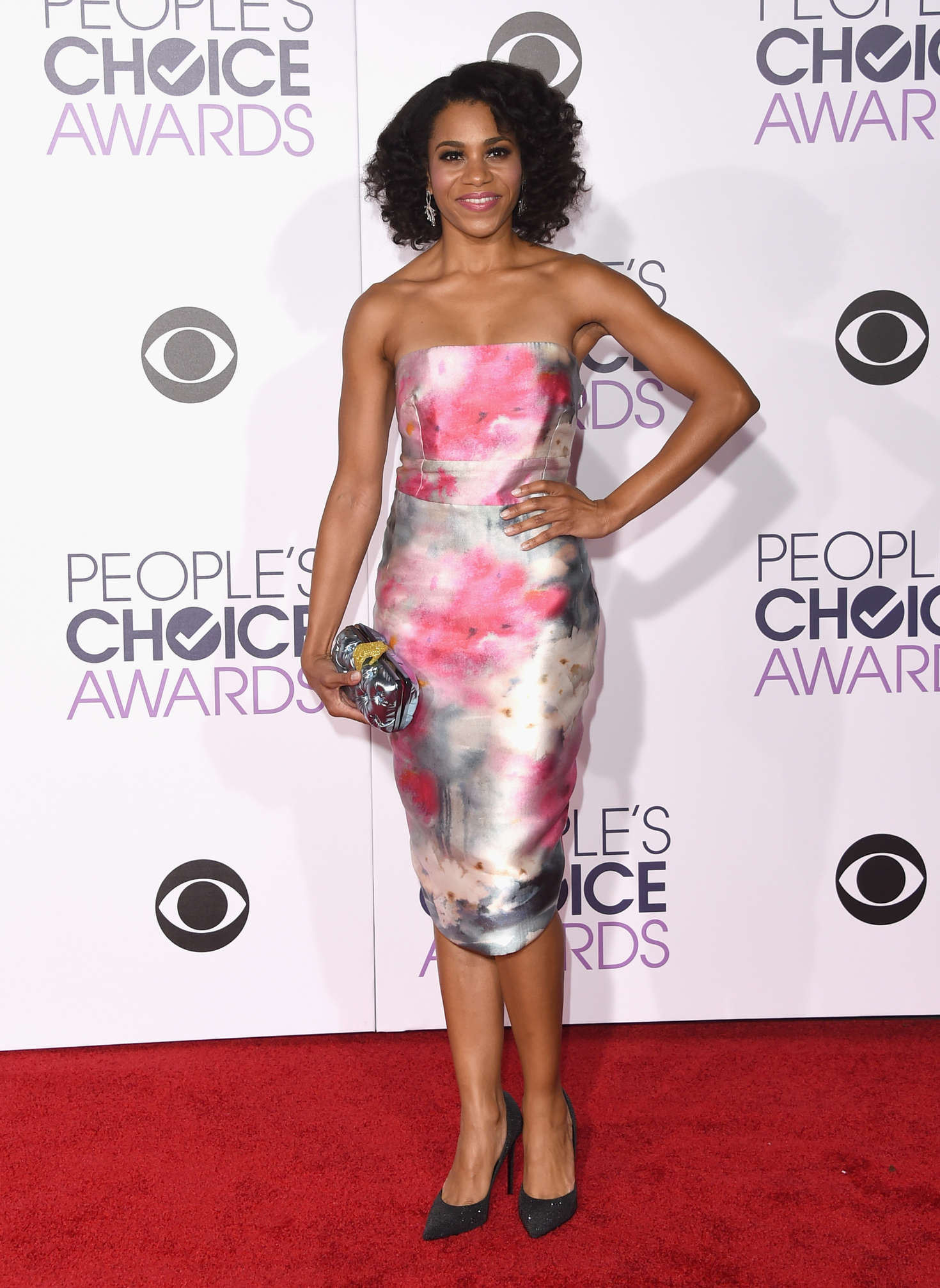 Kelly McCreary Peoples Choice Awards in Los Angeles