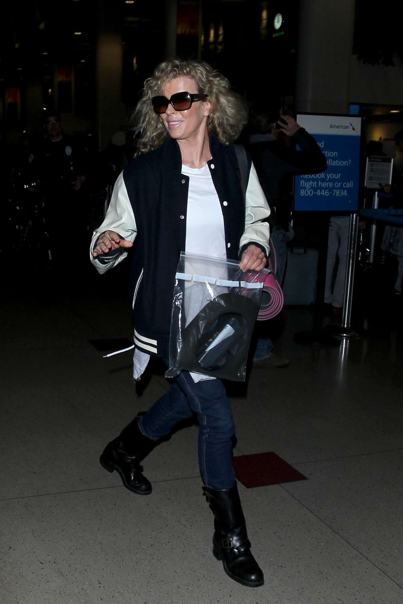 Kim Basinger at LAX Airport in Los Angeles-1