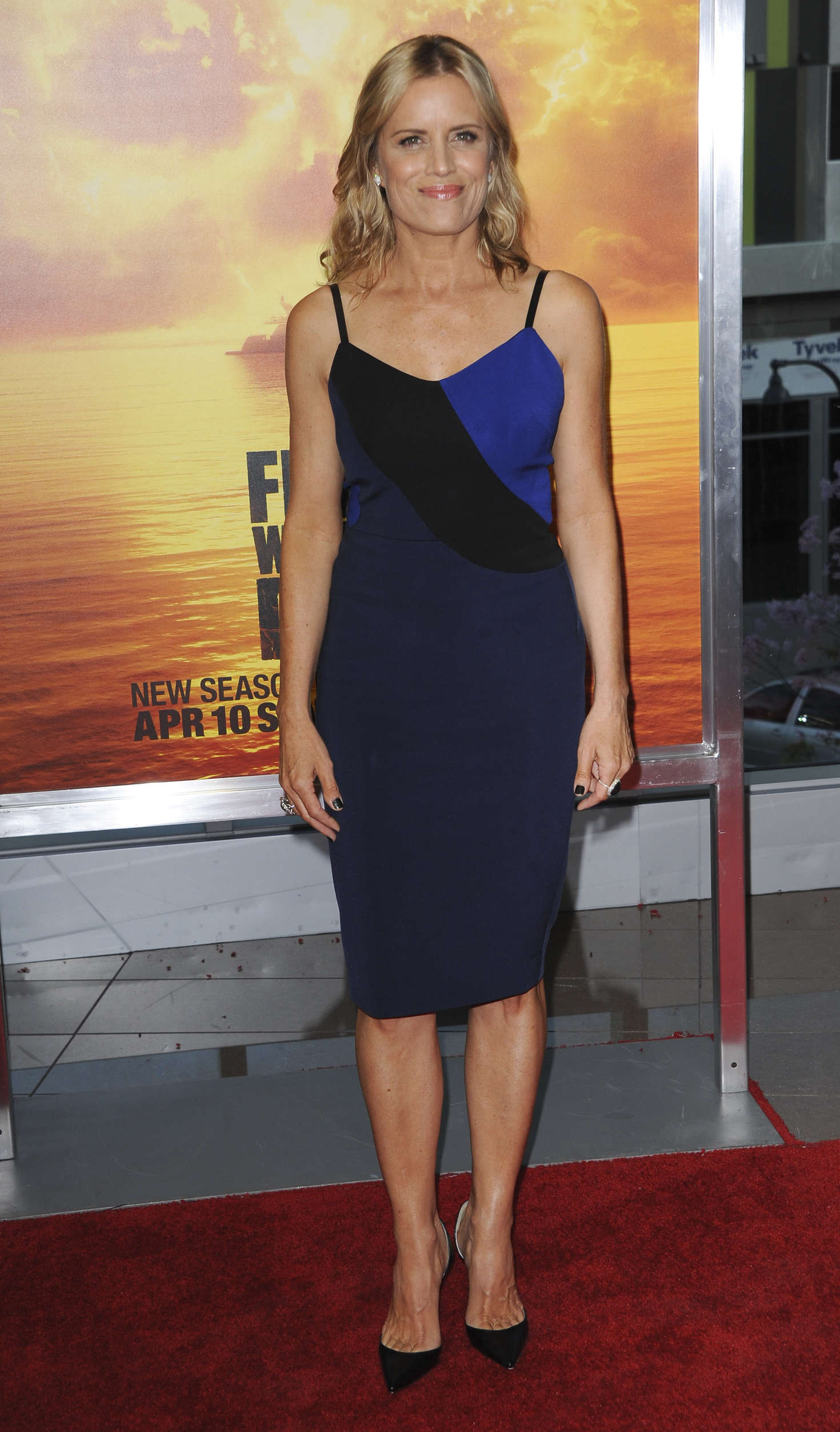 Kim Dickens Fear The Walking Dead Premiere in Los Angeles