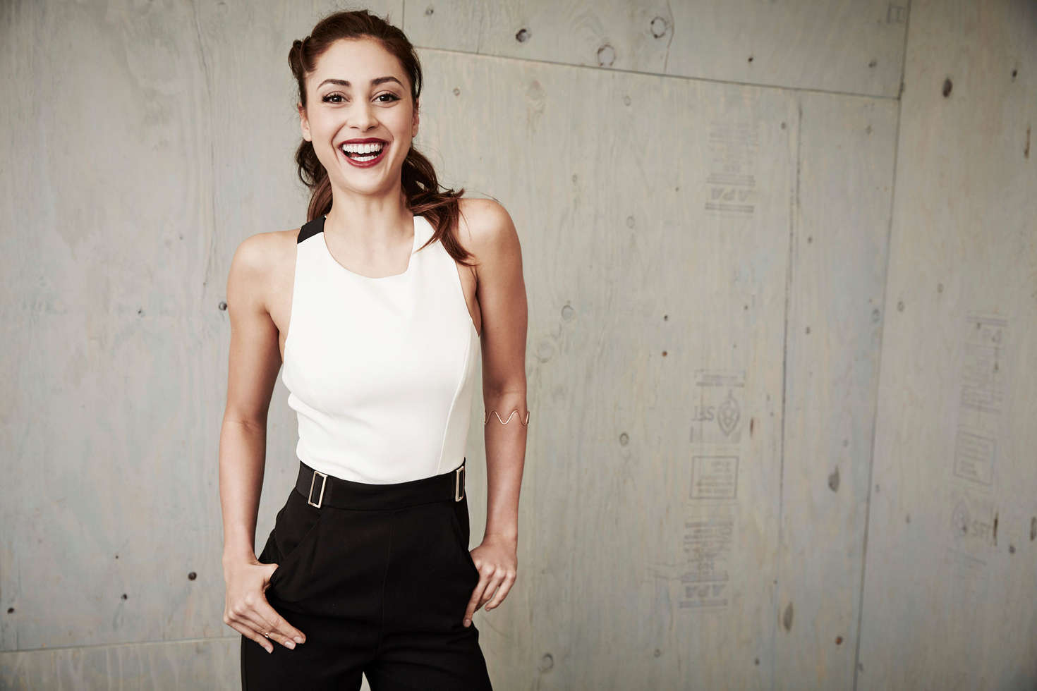 Lindsey Morgan Winter TCA Tour Portraits