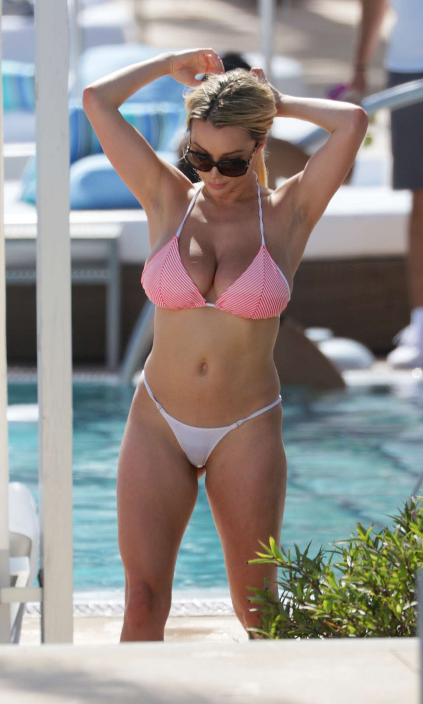 Lindsey Pelas Bikini Candids at the pool in Miami