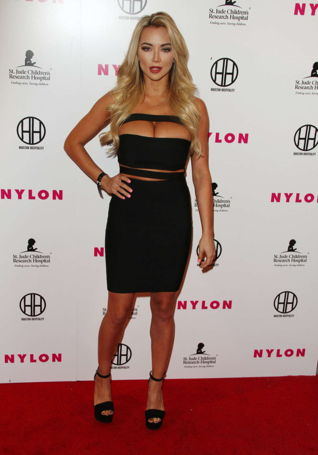 Lindsey Pelas NYLON Magazines Muses And Music Party in Los Angeles
