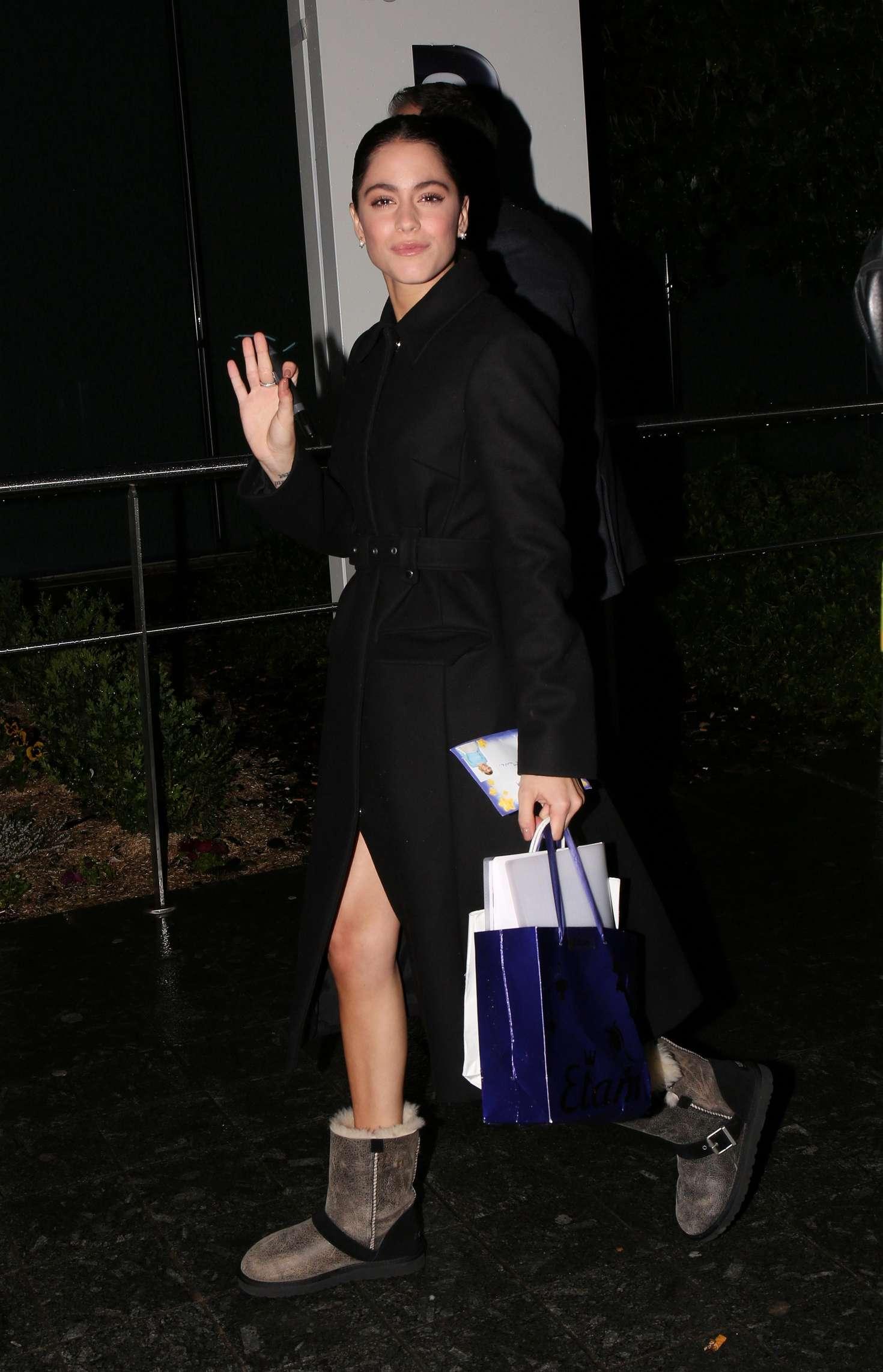 Martina Stoessel Leaving Mandarin Oriental Hotel in Pars