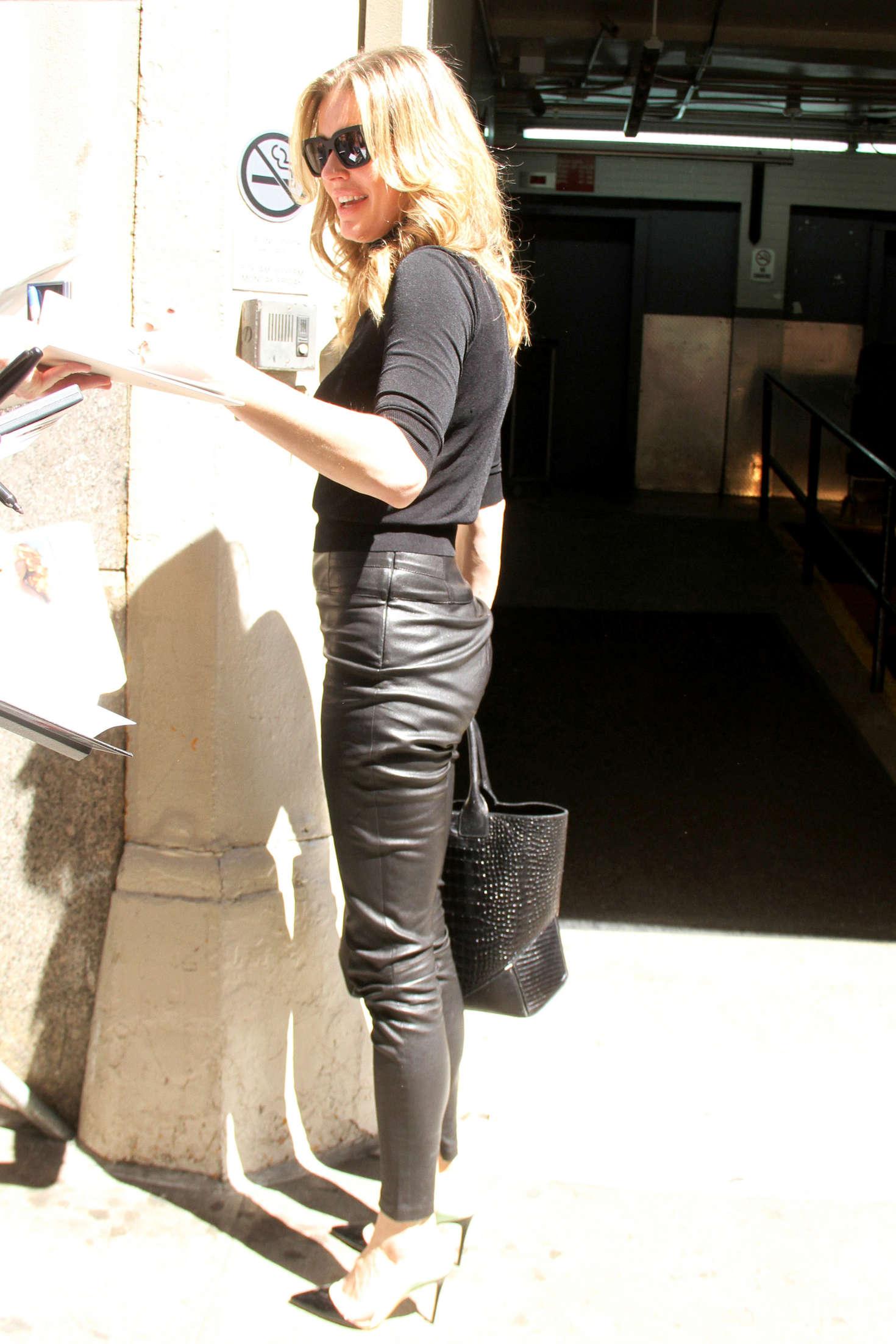 Rebecca Romijn Arrives at Huffpost Live in New York