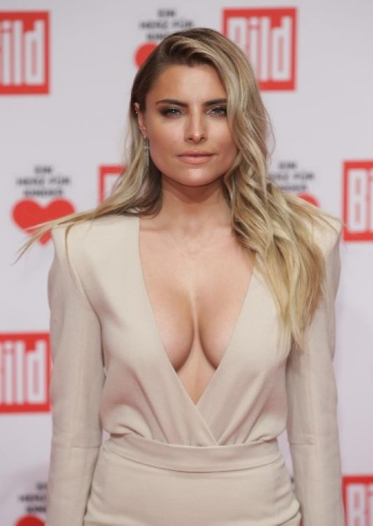 Sophia Thomalla A Heart for Children Fundraising Gala in Berlin