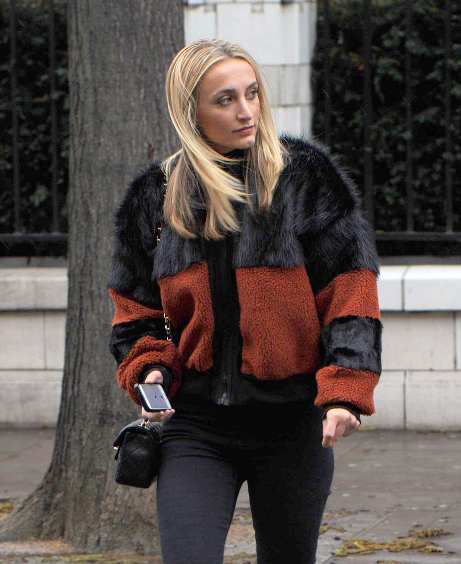Tiffany Watson Filming on the fashionable Kings Road in Chelsea