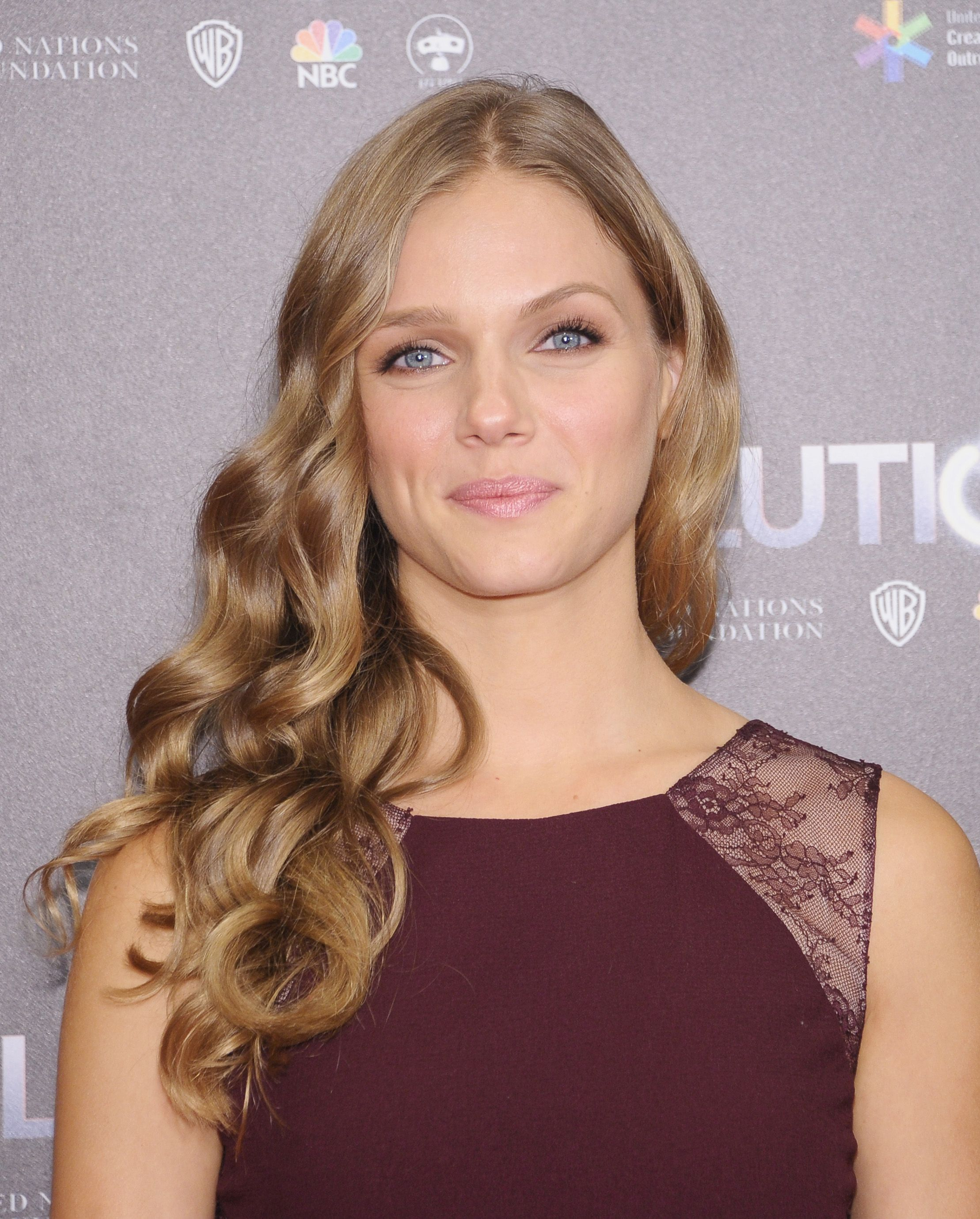 Tracy Spiridakos Revolution season premiere in New York