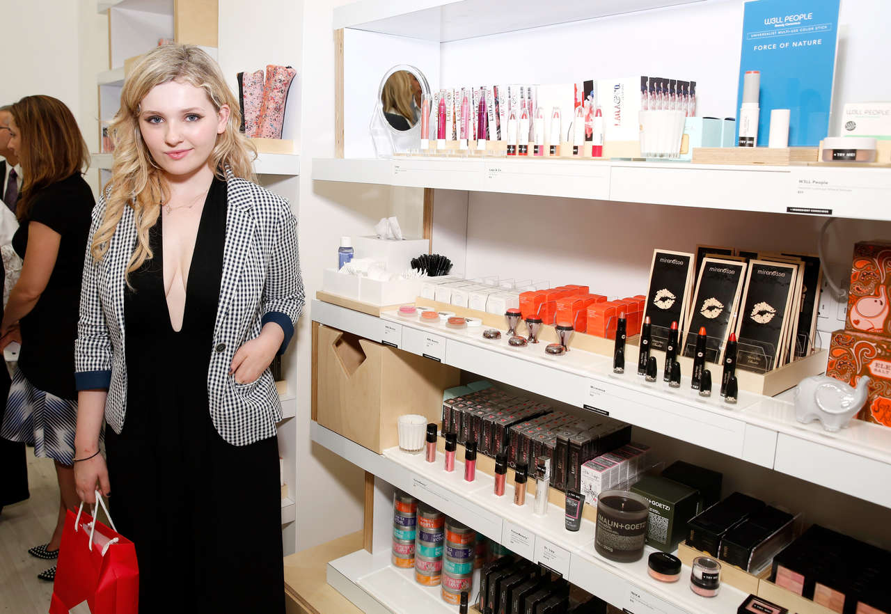 Abigail Breslin at Birchbox flagship store opening in New York