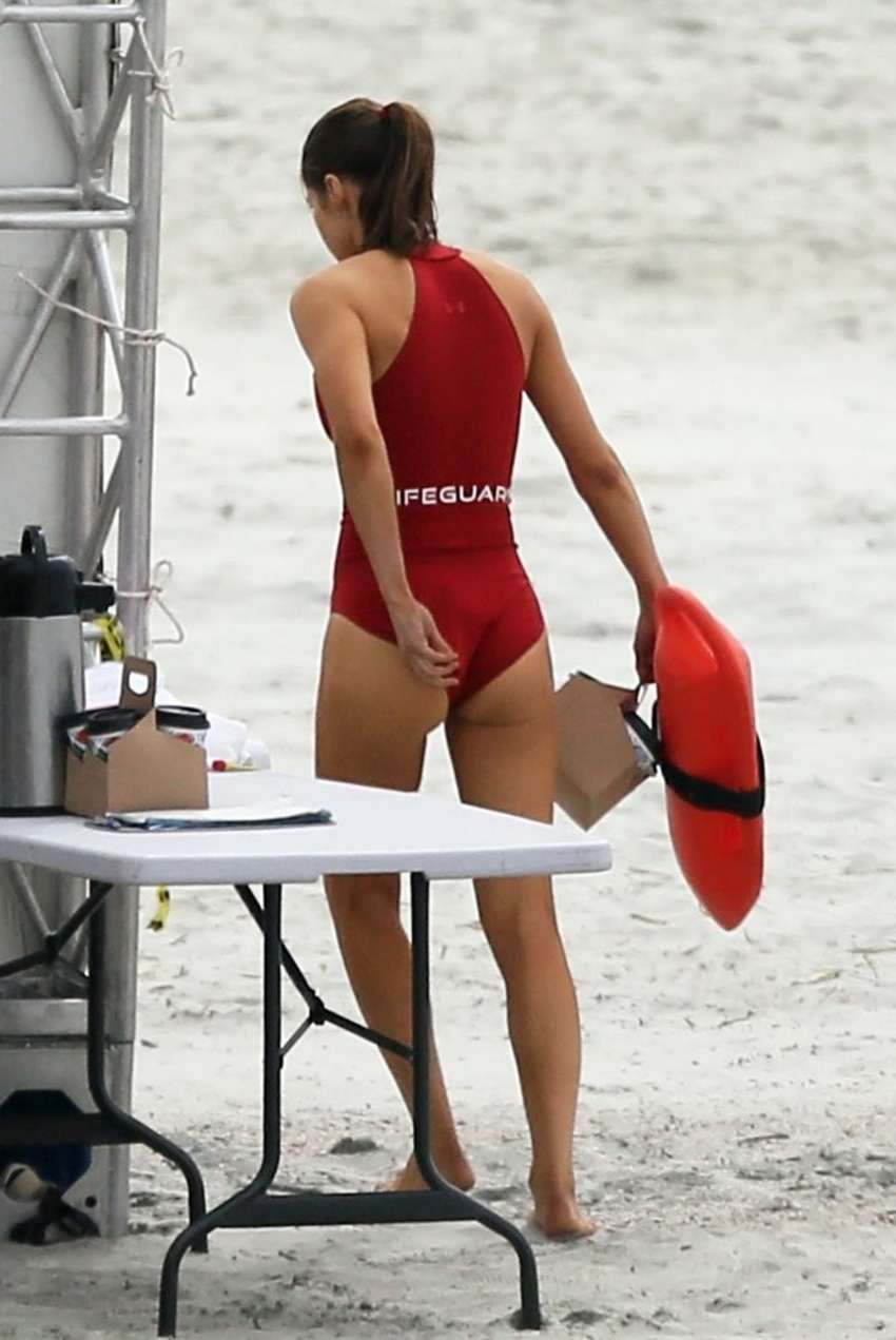 Alexandra Daddario On the Set of Baywatch in Tybee