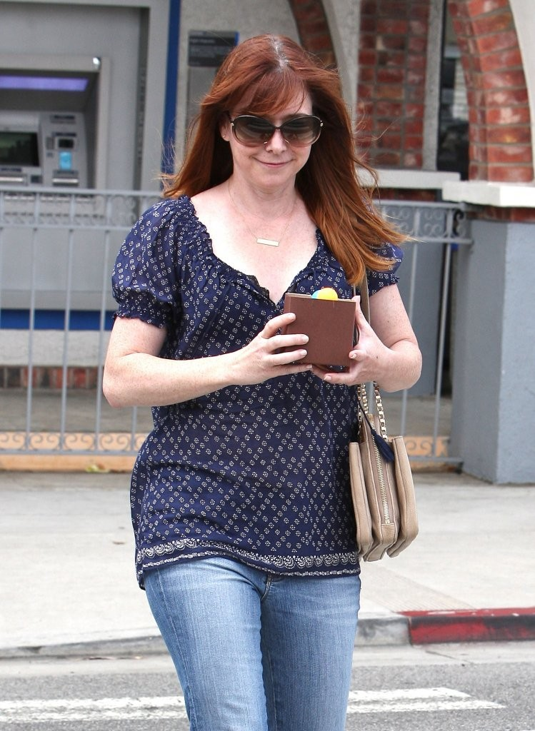 Alyson Hannigan out in Los Angeles