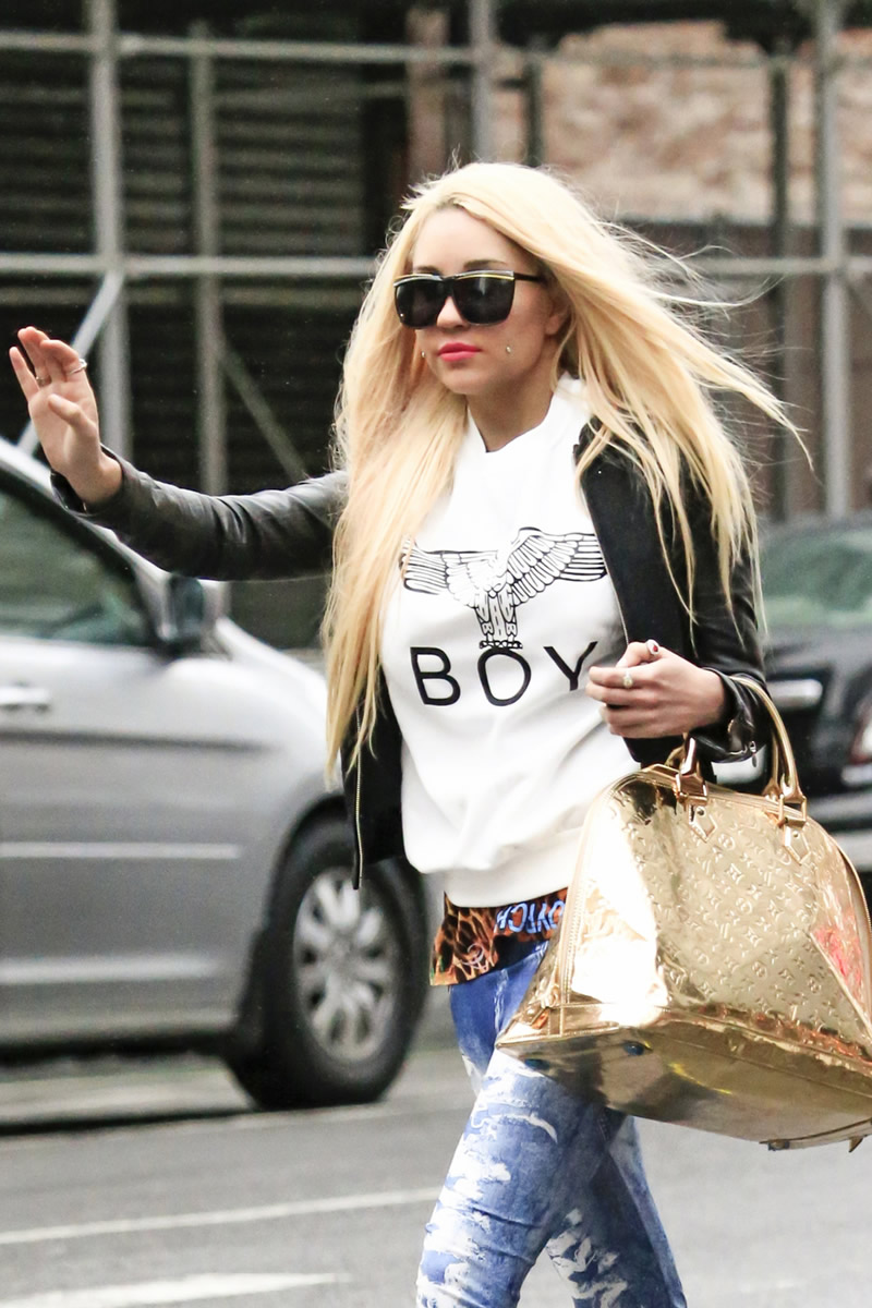 Amanda Bynes go out in New York