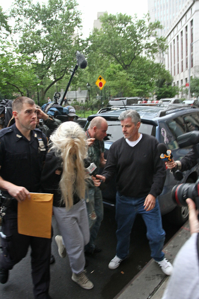 Amanda Bynes Goes To Court after Getting Arrested For Drugs