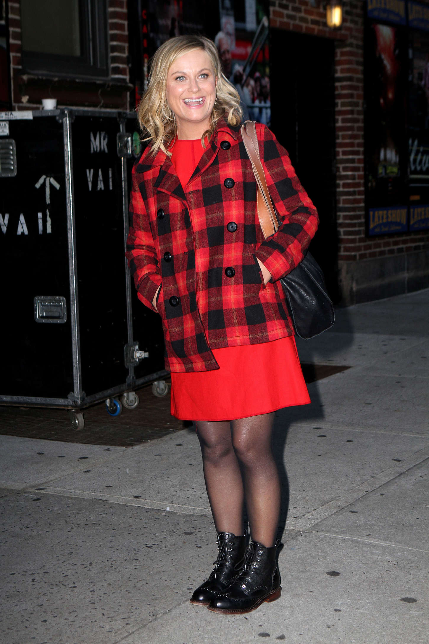 Amy Poehler Attends Late Show With David Lettermen in New York