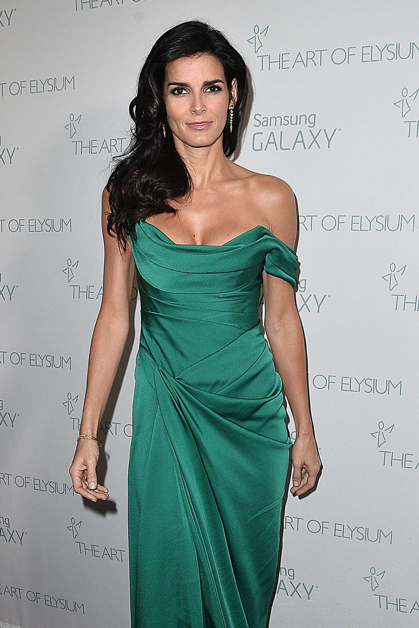 Angie Harmon The Art Of Elysium Marina Abramovics HEAVEN in Los Angeles