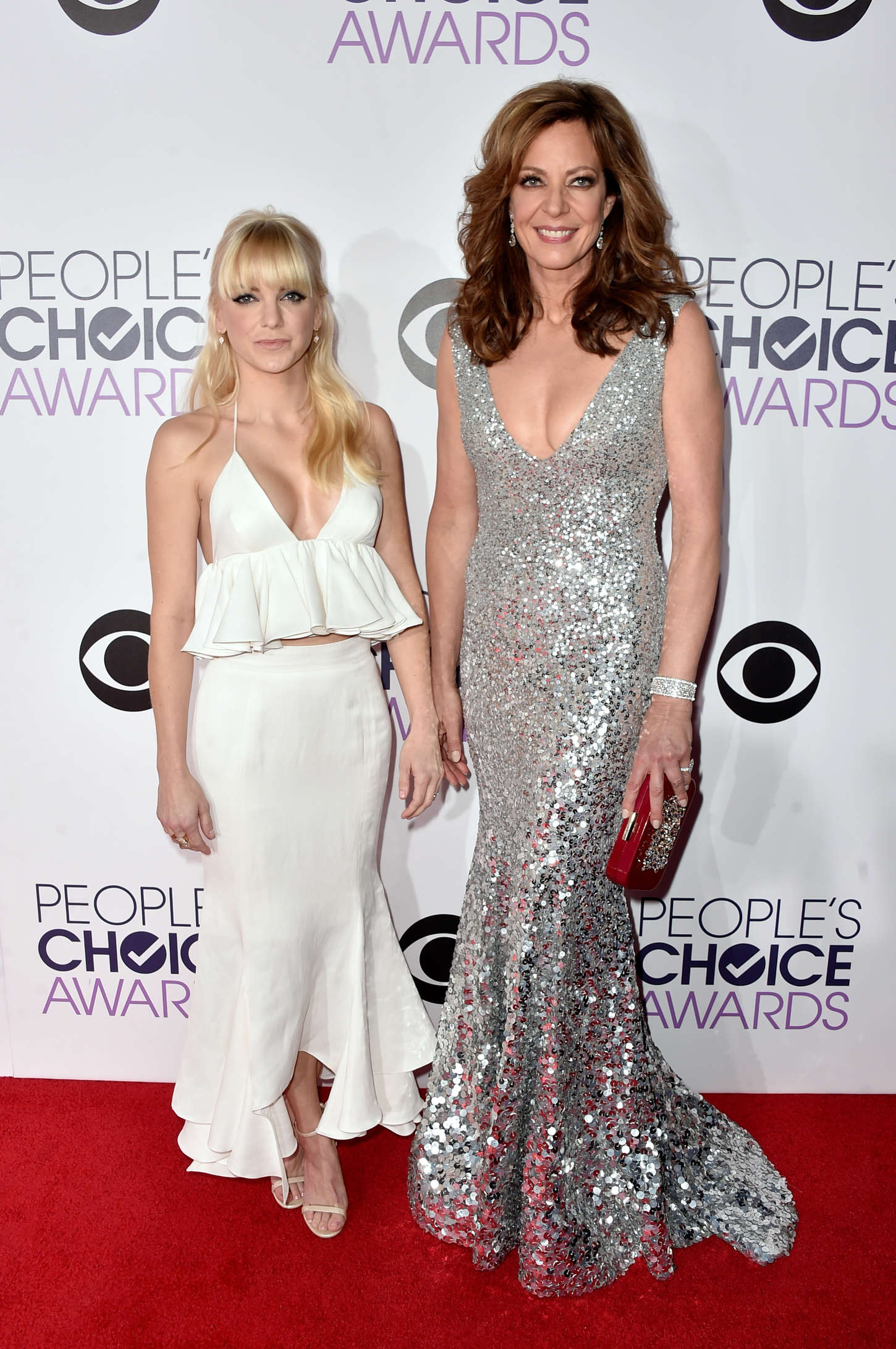 Anna Faris Annual Peoples Choice Awards in Los Angeles