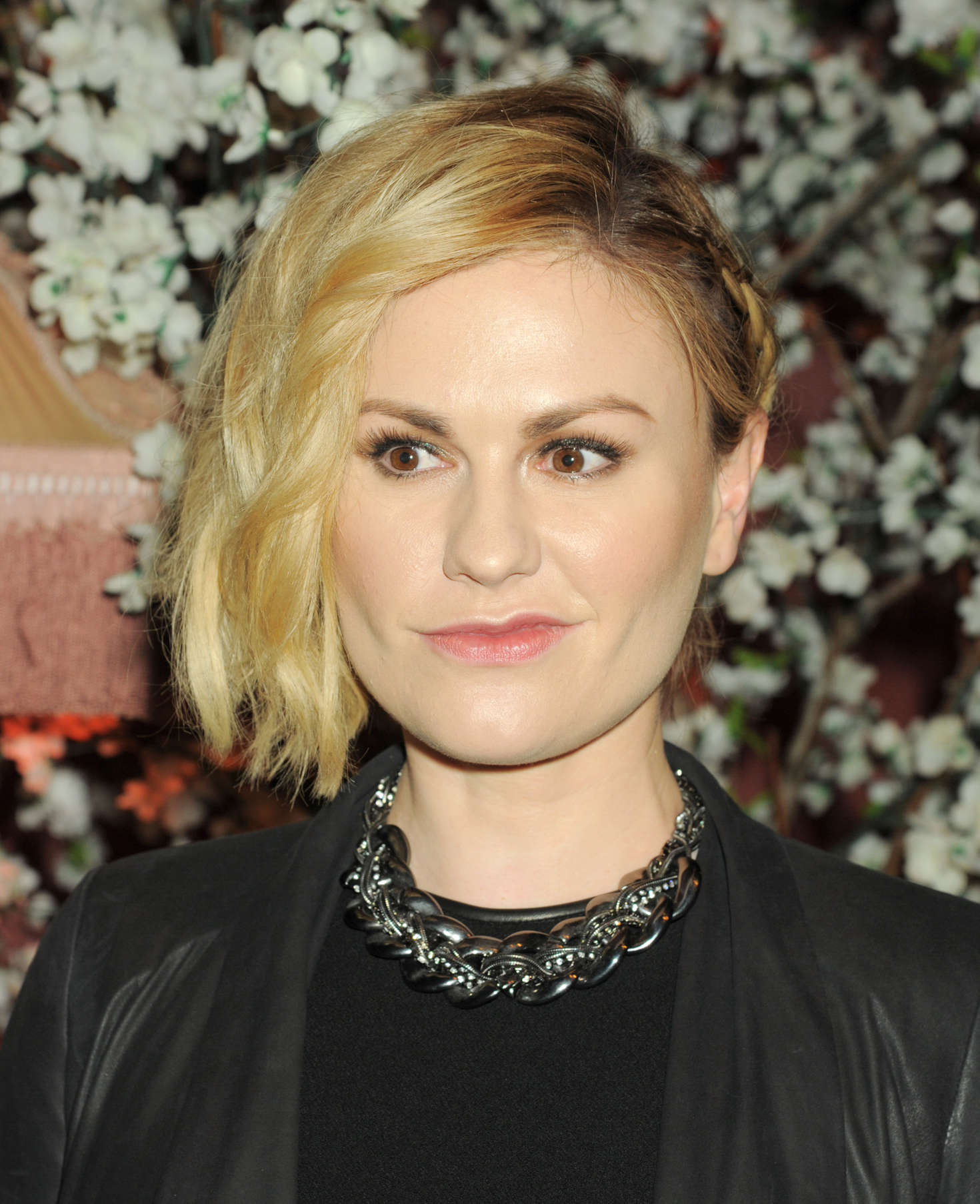 Anna Paquin Alice Olivia Fashion Show in Los Angeles