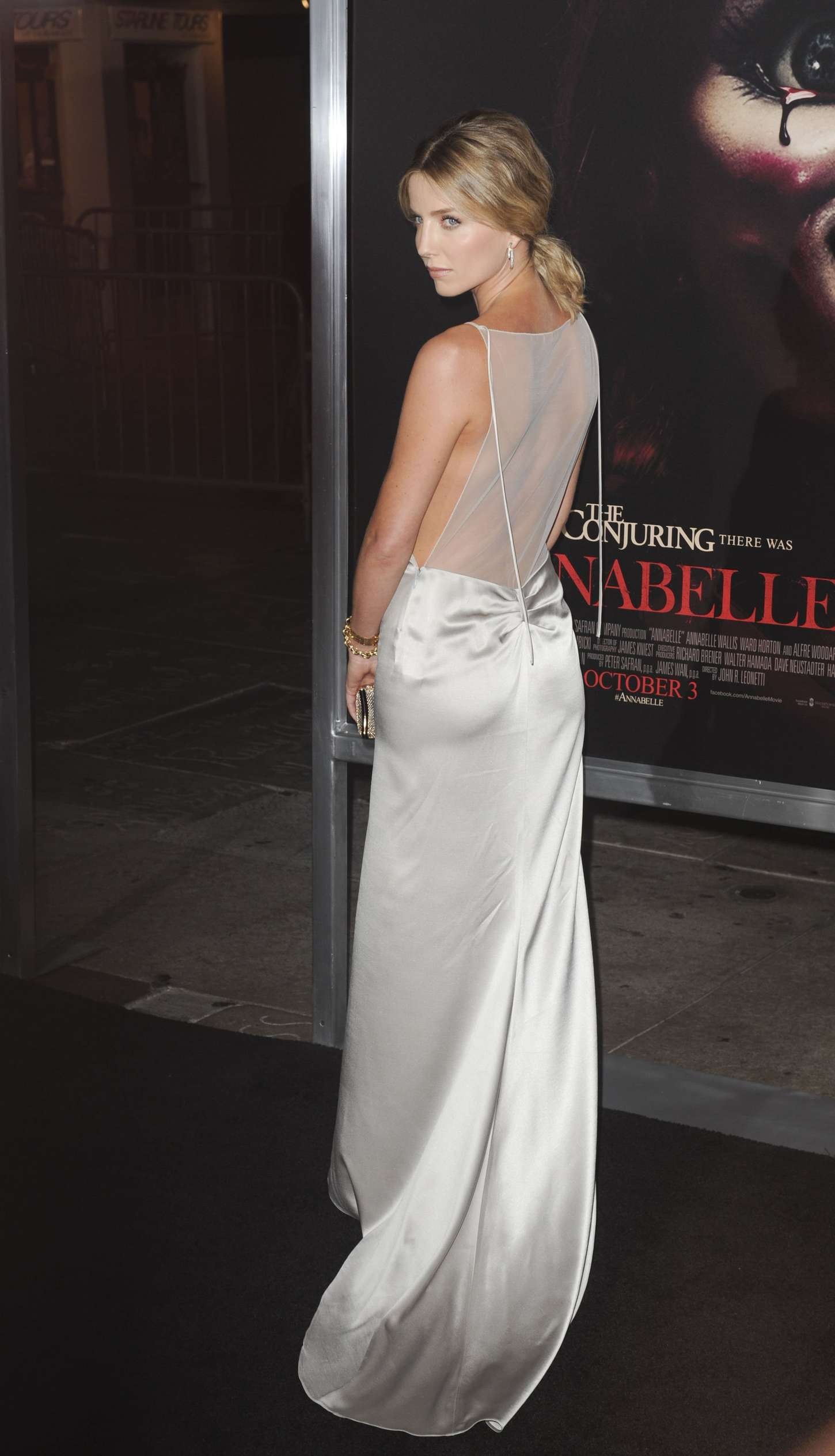 Annabelle Wallis at Annabelle Screening in Hollywood