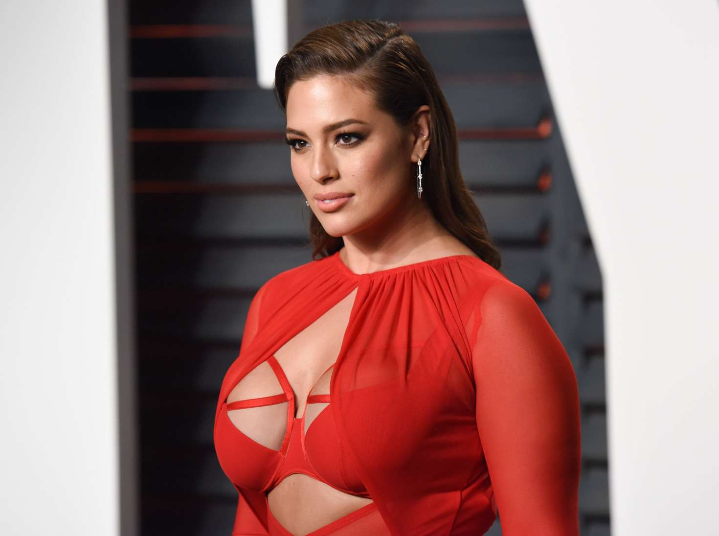 Ashley Graham Vanity Fair Oscar Party in Beverly Hills