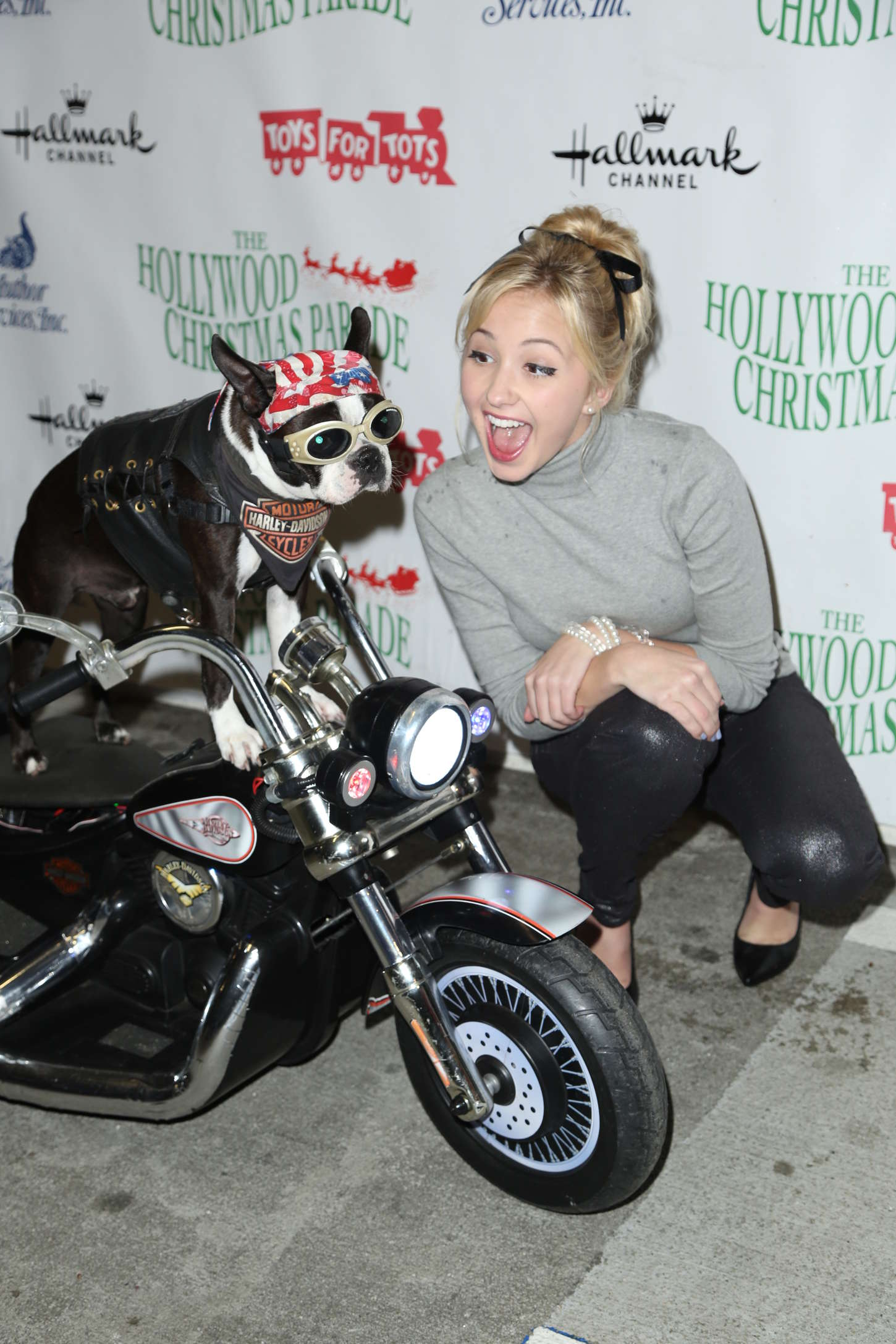 Audrey Whitby Annual Hollywood Christmas Parade in Hollywood