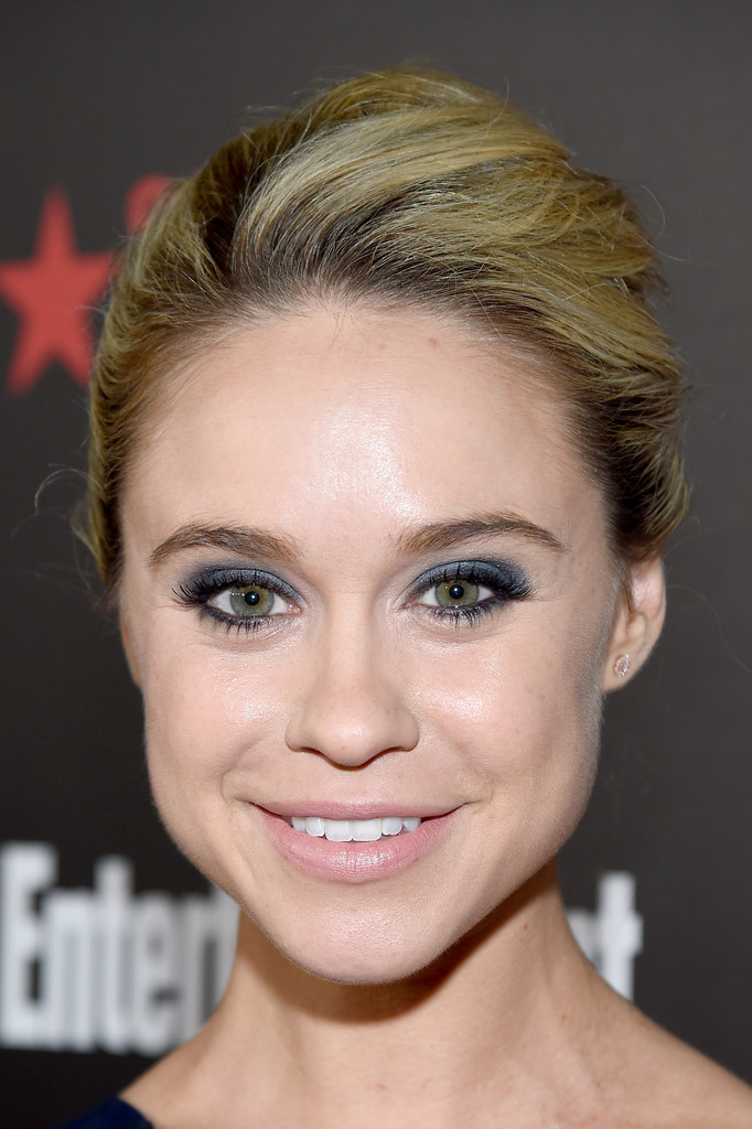 Becca Tobin Entertainment Weeklys SAG Awards Nominees in Los Angeles