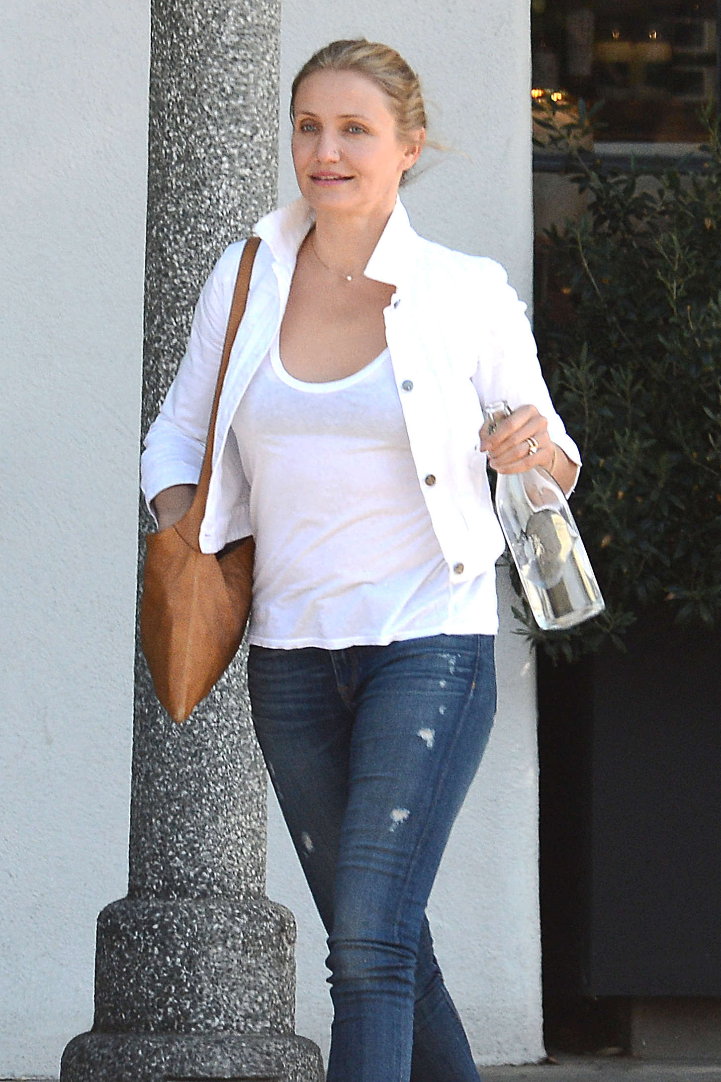 Cameron Diaz Leaving Meche Salon in Los Angeles