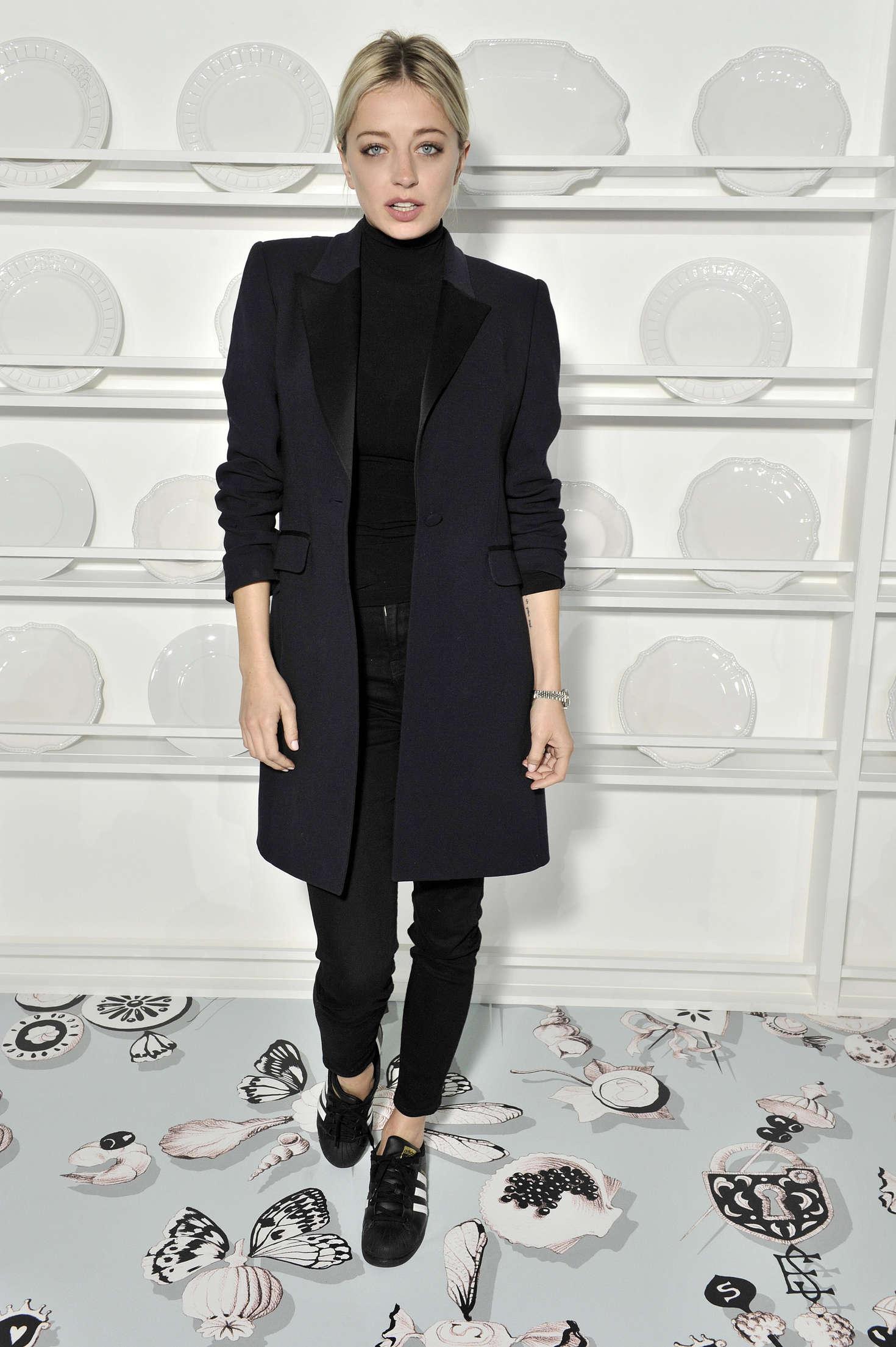 Caroline Vreeland People at Haute Couture Fashion Show Schiaparelli SS in Paris