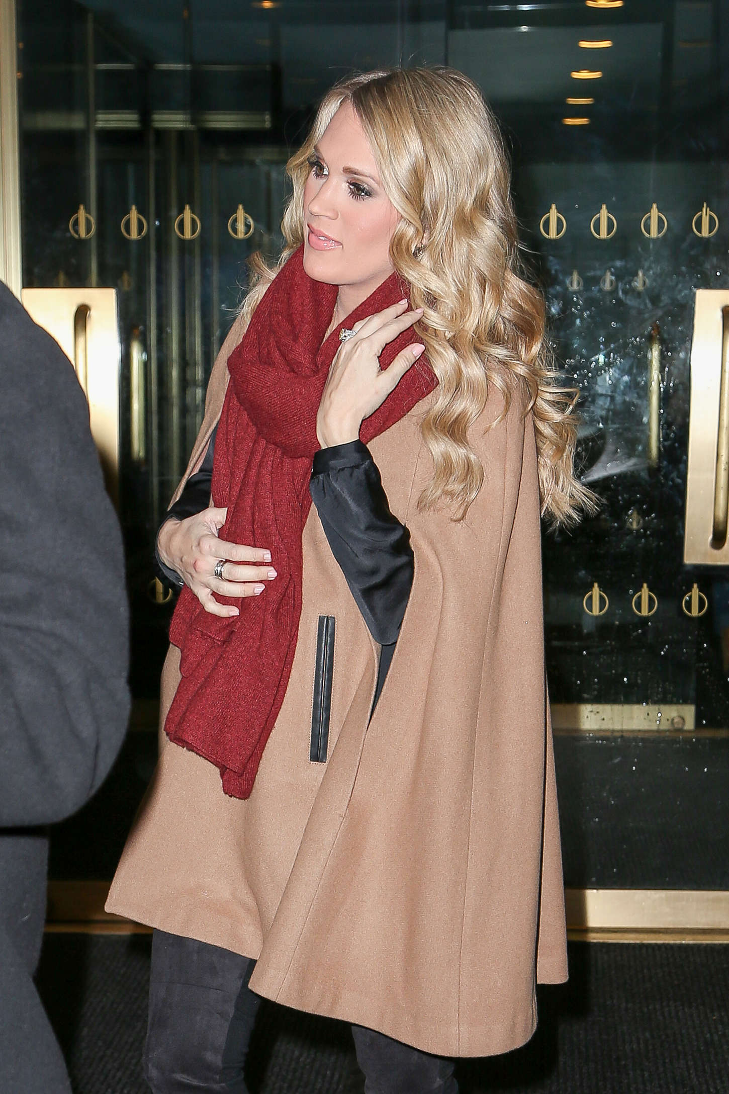 Carrie Underwood Leaving the Today Show in New York