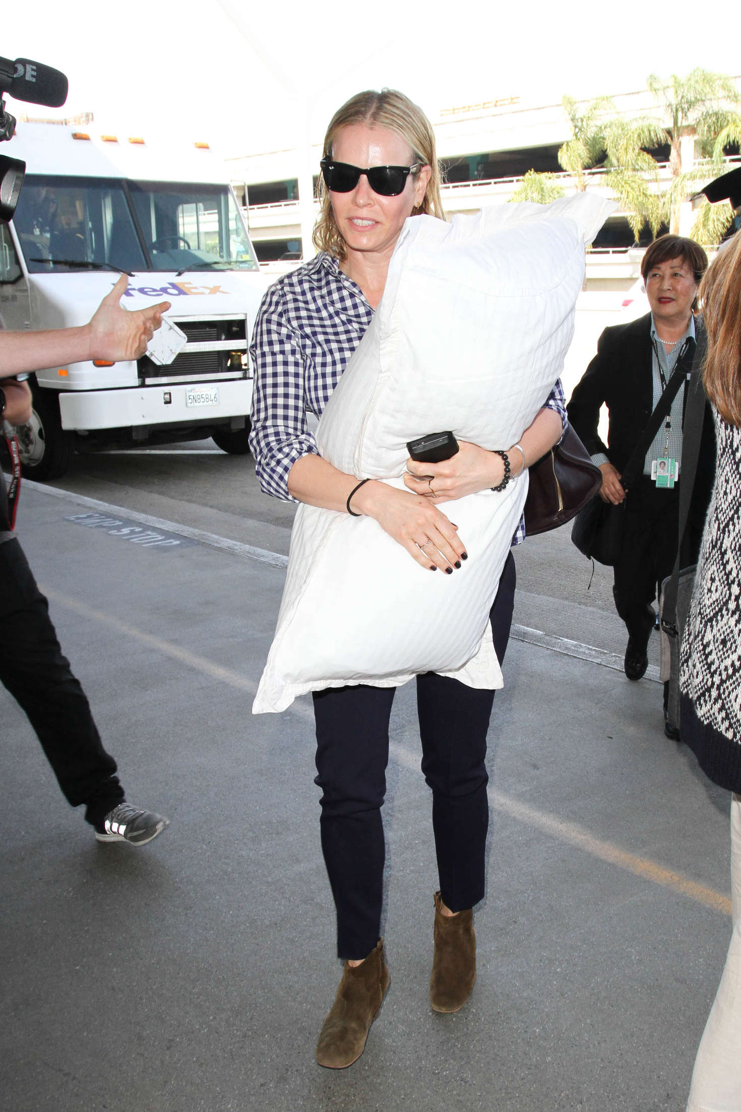Chelsea Handler Arrives at LAX Airport in Los Angeles