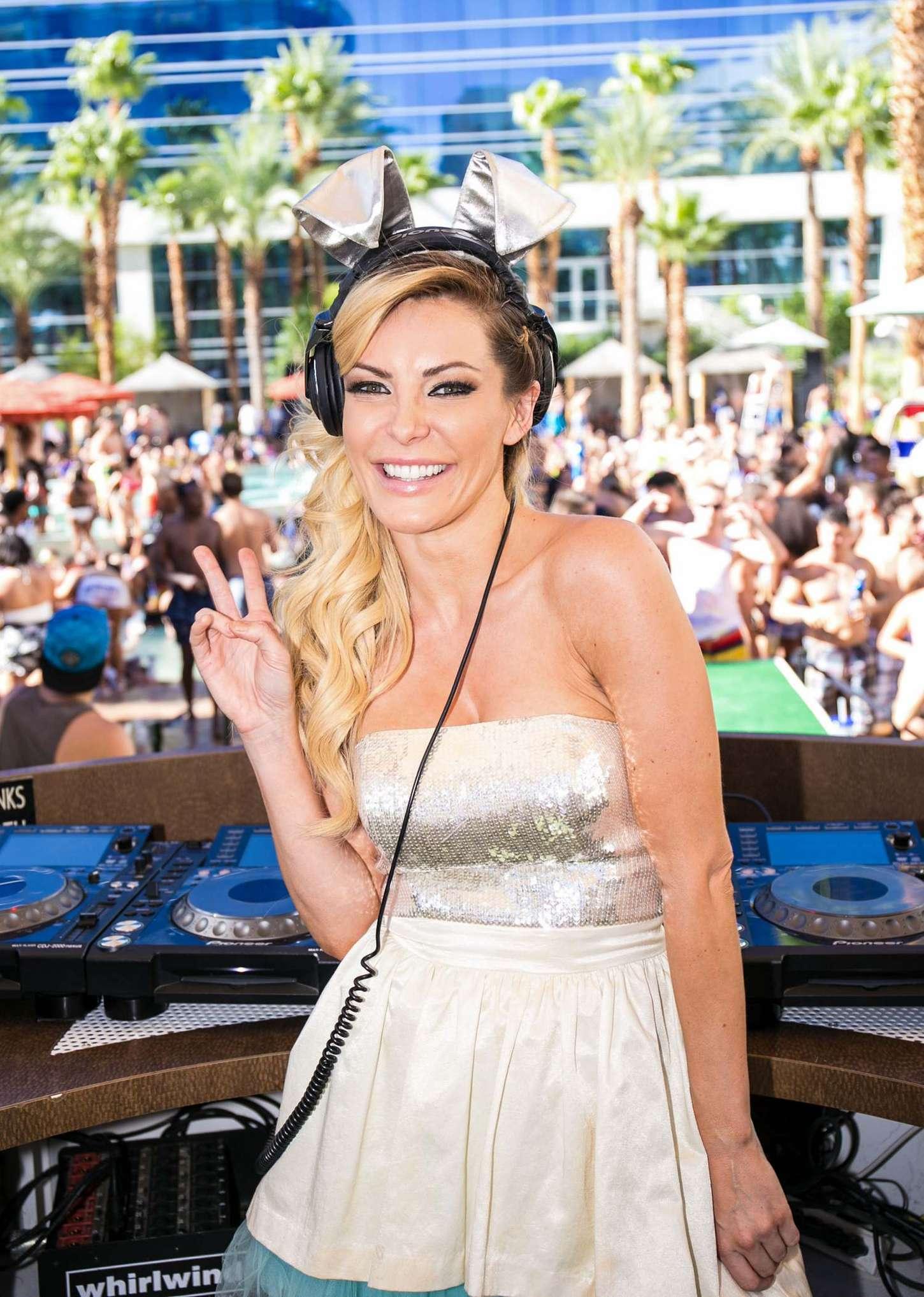 Crystal Hefner at Rehab Pool Party in Las Vegas