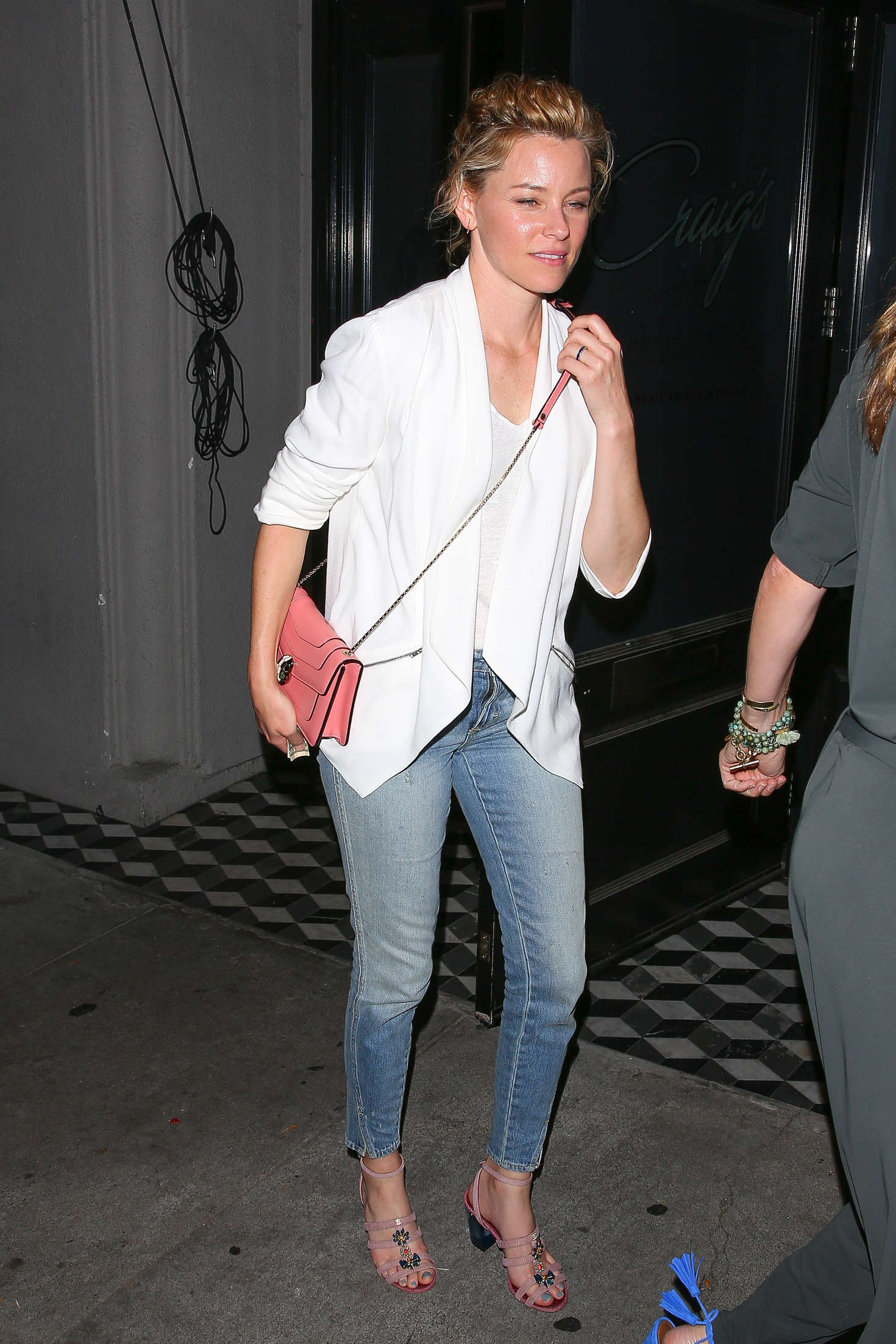 Elizabeth Banks at Craigs Restaurant in West Hollywood