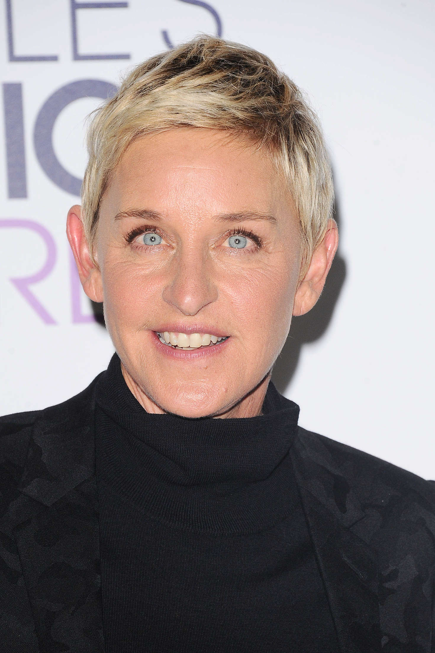 Ellen Degeneres Peoples Choice Awards in Los Angeles