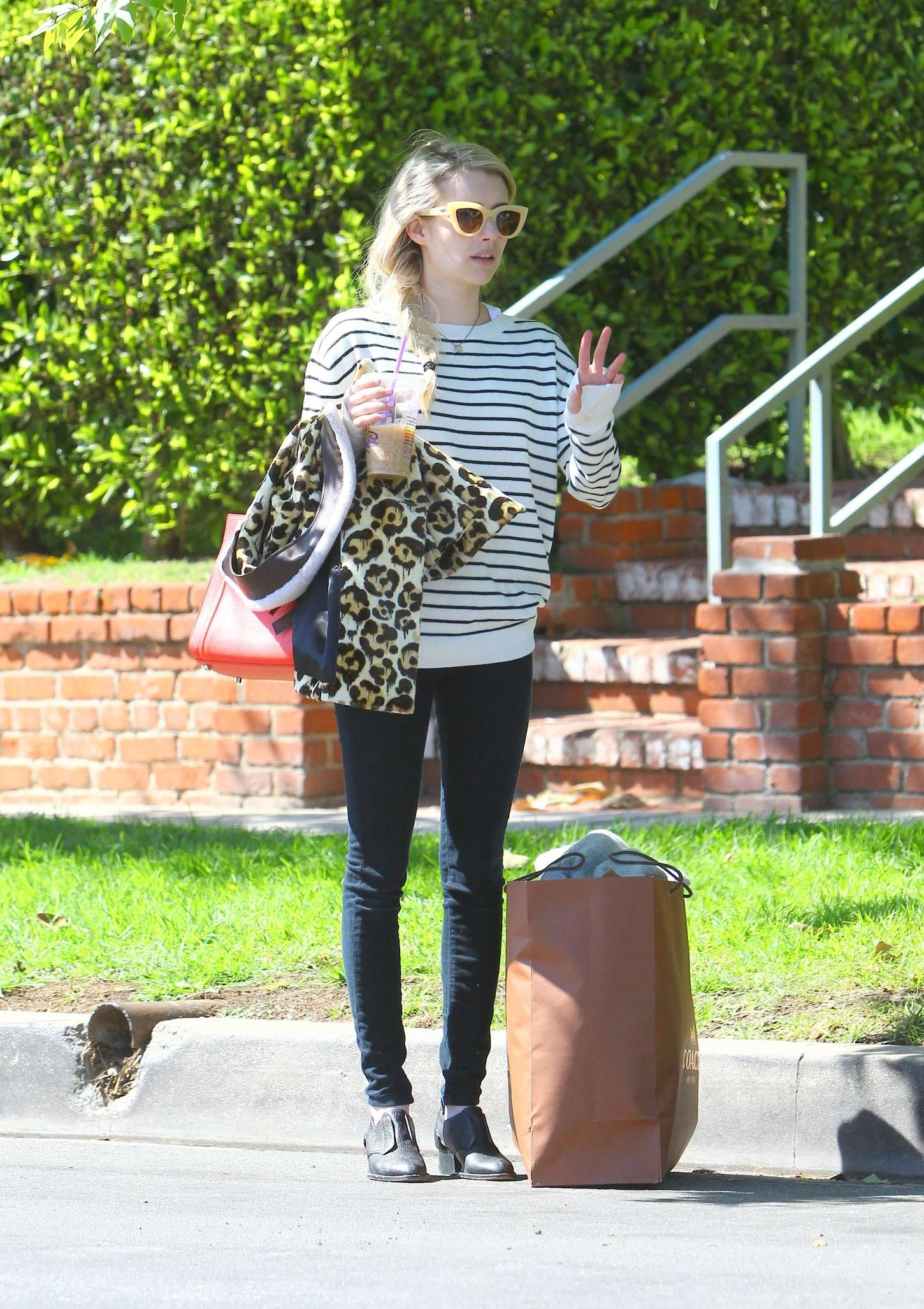 Emma Roberts Leaving Her Home In Los Angeles Celebrity Wiki Onceleb Wiki