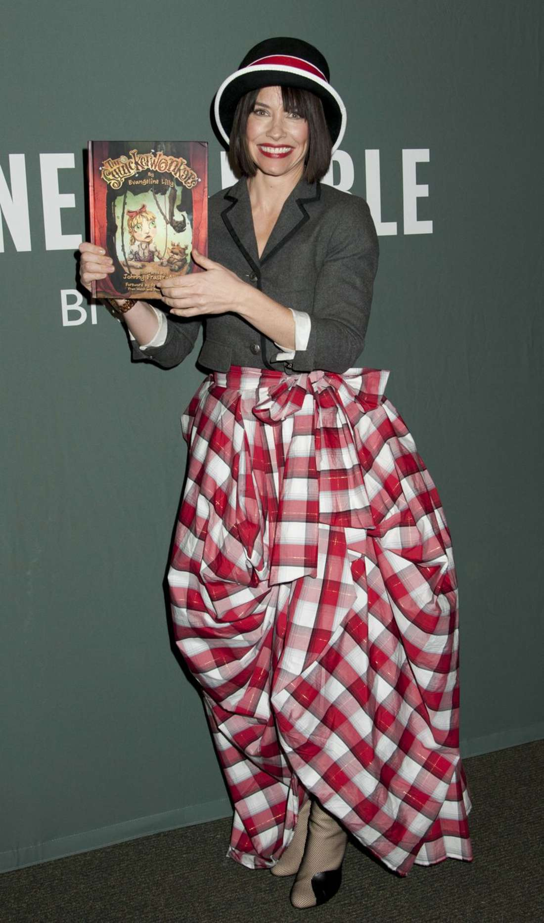 Evangeline Lilly Promoting her book The Squickerwonkers Vol at Barnes Noble in New York