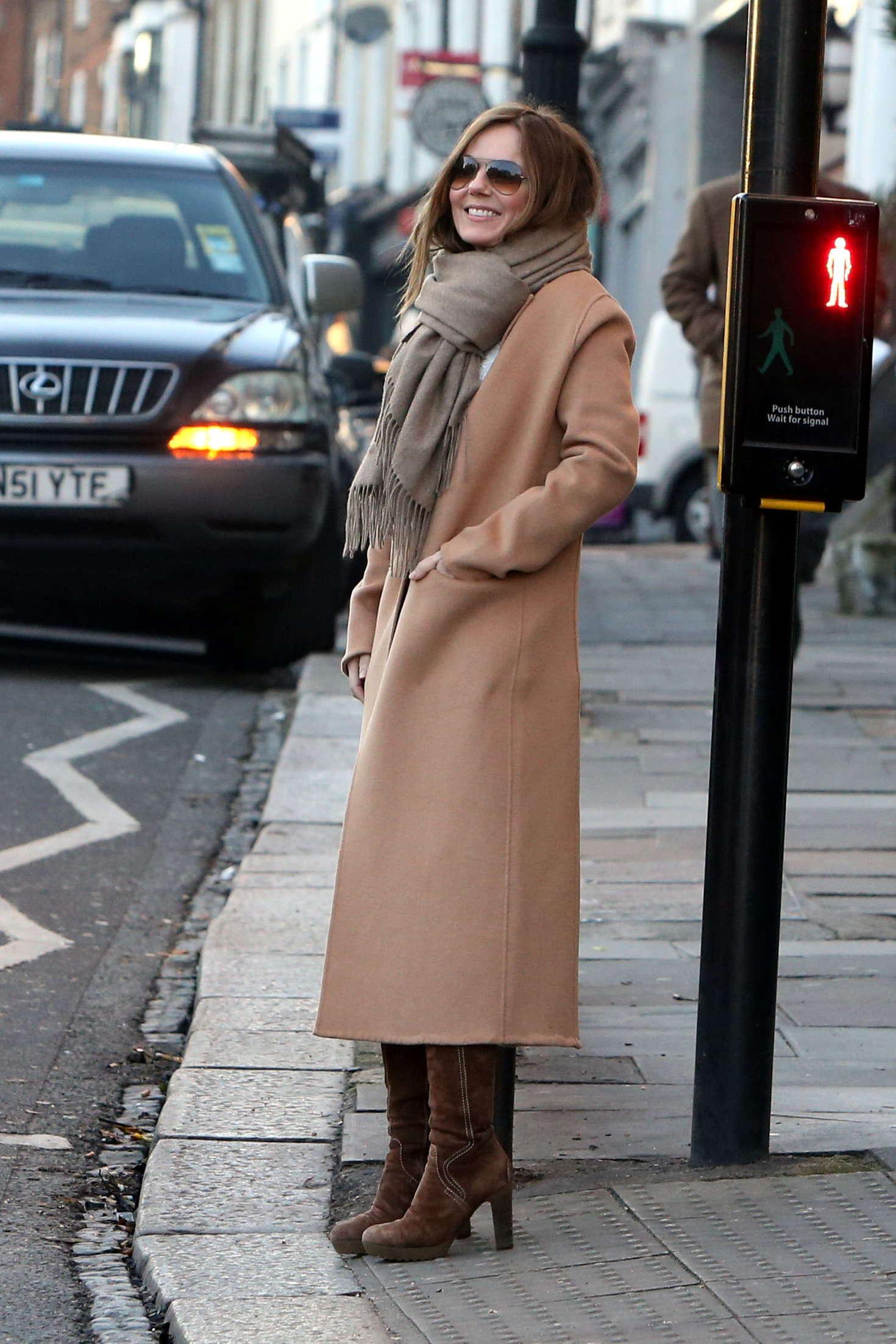 Geri Halliwell Shopping in London-1