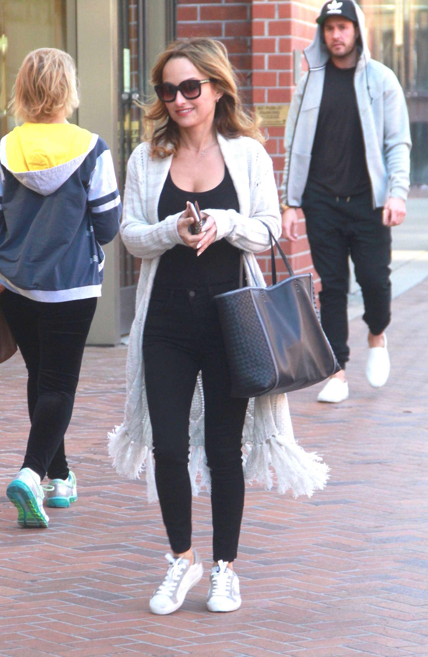 Giada De Laurentiis in Tights Shopping in Beverly Hills