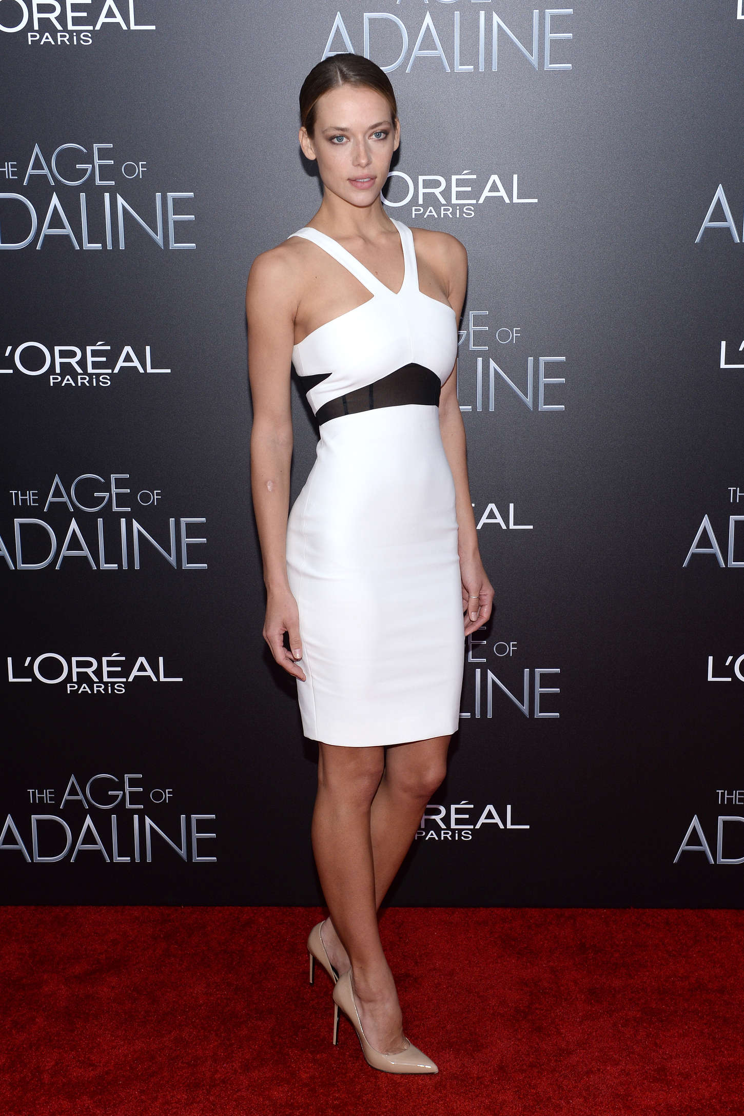 Hannah Ferguson The Age of Adaline Premiere in New York