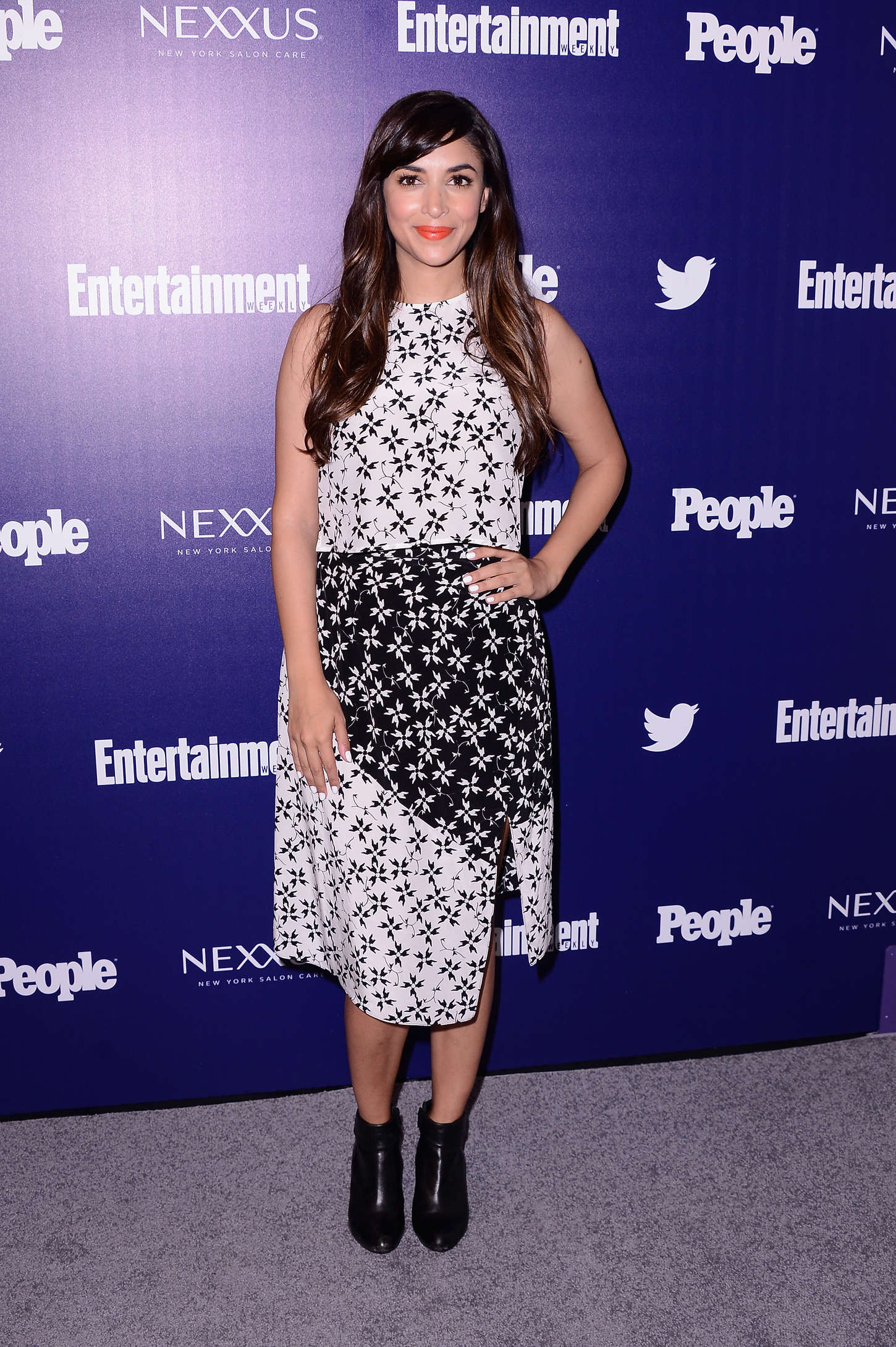 Hannah Simone Entertainment Weekly And PEOPLE Celebrate The New York Upfronts in New York