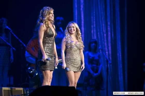 Hayden Panettiere Promos For Nashville Lovesick Blues
