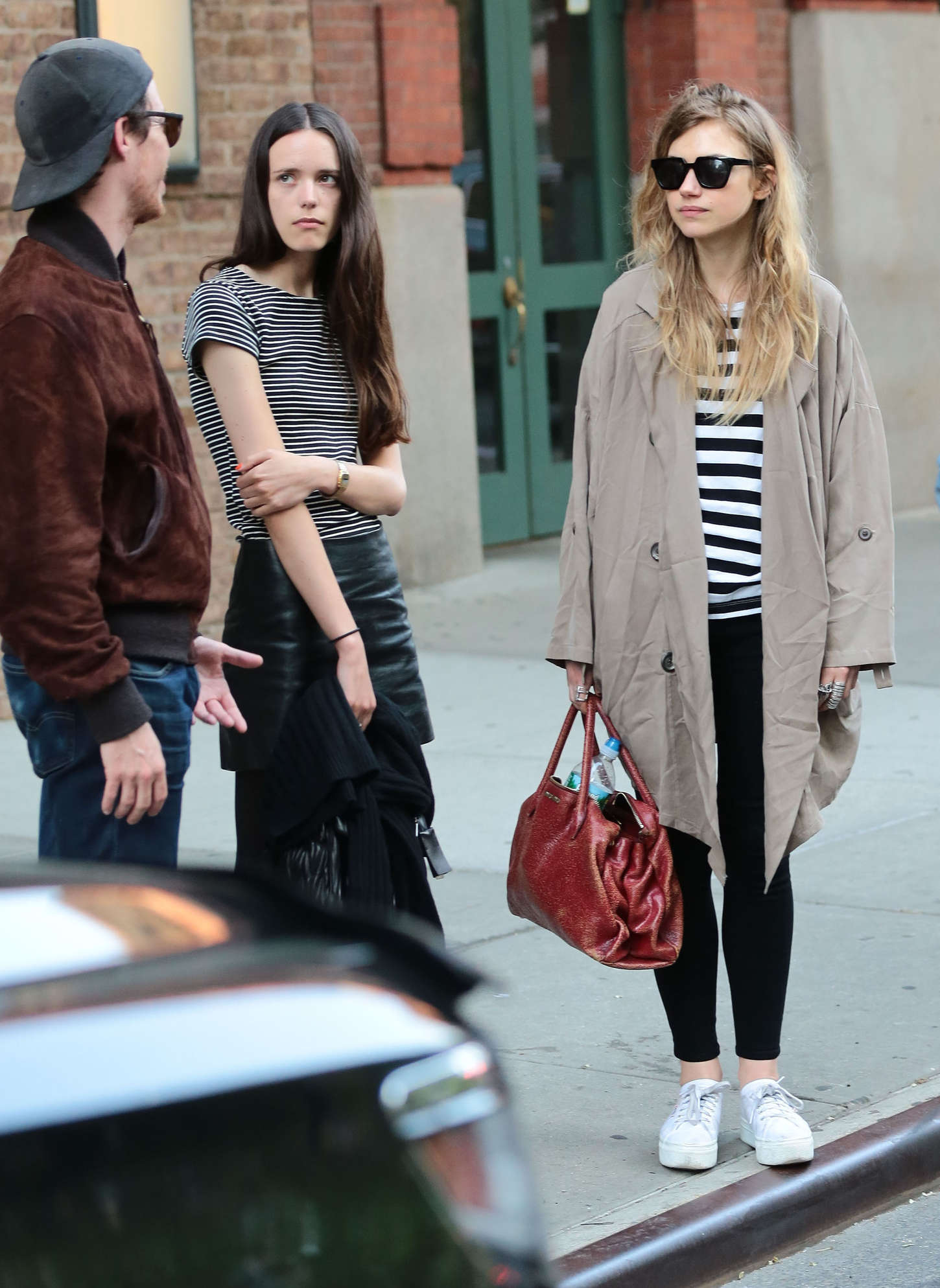 Imogen Poots go out in New York
