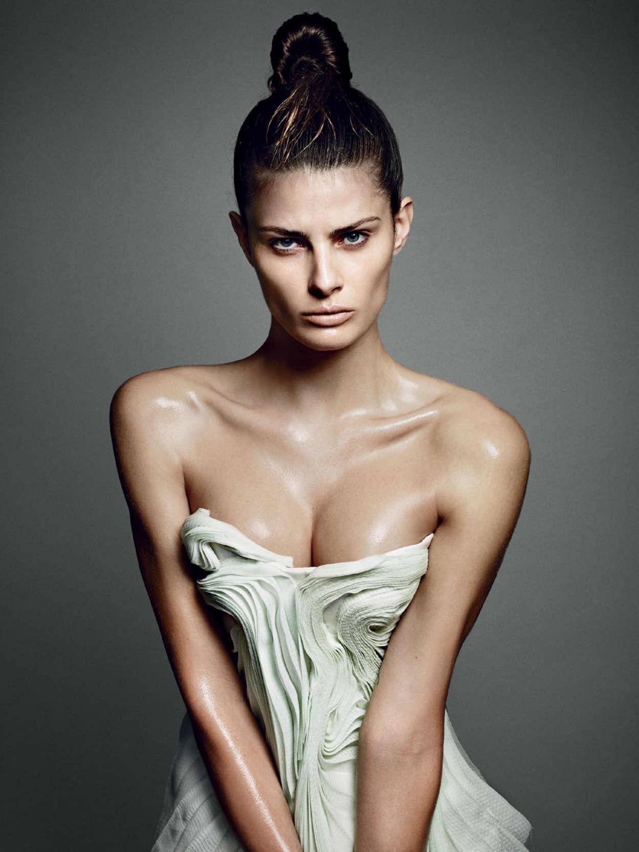 Isabeli Fontana Vogue Magazine